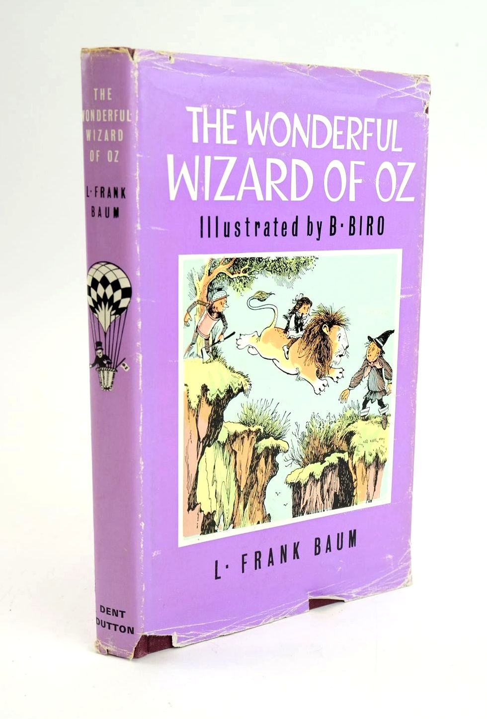 Photo of THE WONDERFUL WIZARD OF OZ written by Baum, L. Frank illustrated by Biro, published by J.M. Dent & Sons Ltd., E.P. Dutton & Co. Inc. (STOCK CODE: 1319280)  for sale by Stella & Rose's Books