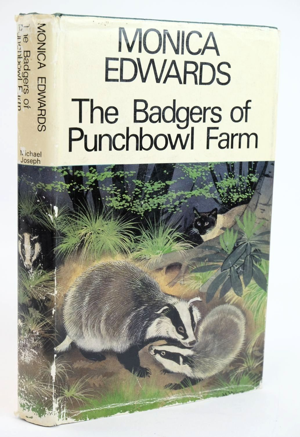 Photo of THE BADGERS OF PUNCHBOWL FARM written by Edwards, Monica published by Michael Joseph (STOCK CODE: 1319353)  for sale by Stella & Rose's Books