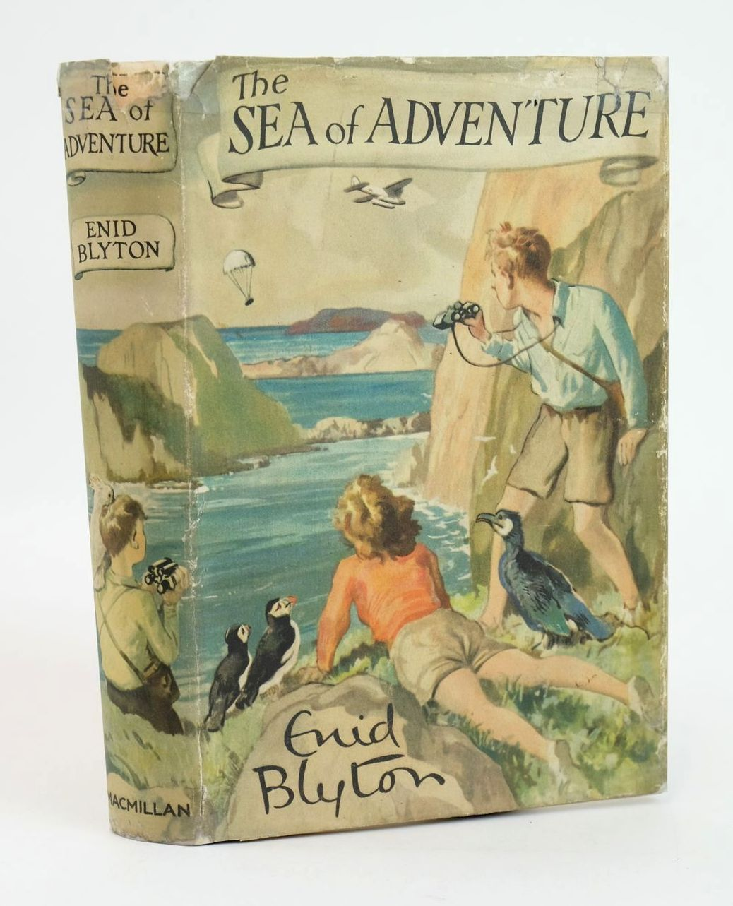 Photo of THE SEA OF ADVENTURE written by Blyton, Enid illustrated by Tresilian, Stuart published by Macmillan & Co. Ltd. (STOCK CODE: 1319357)  for sale by Stella & Rose's Books