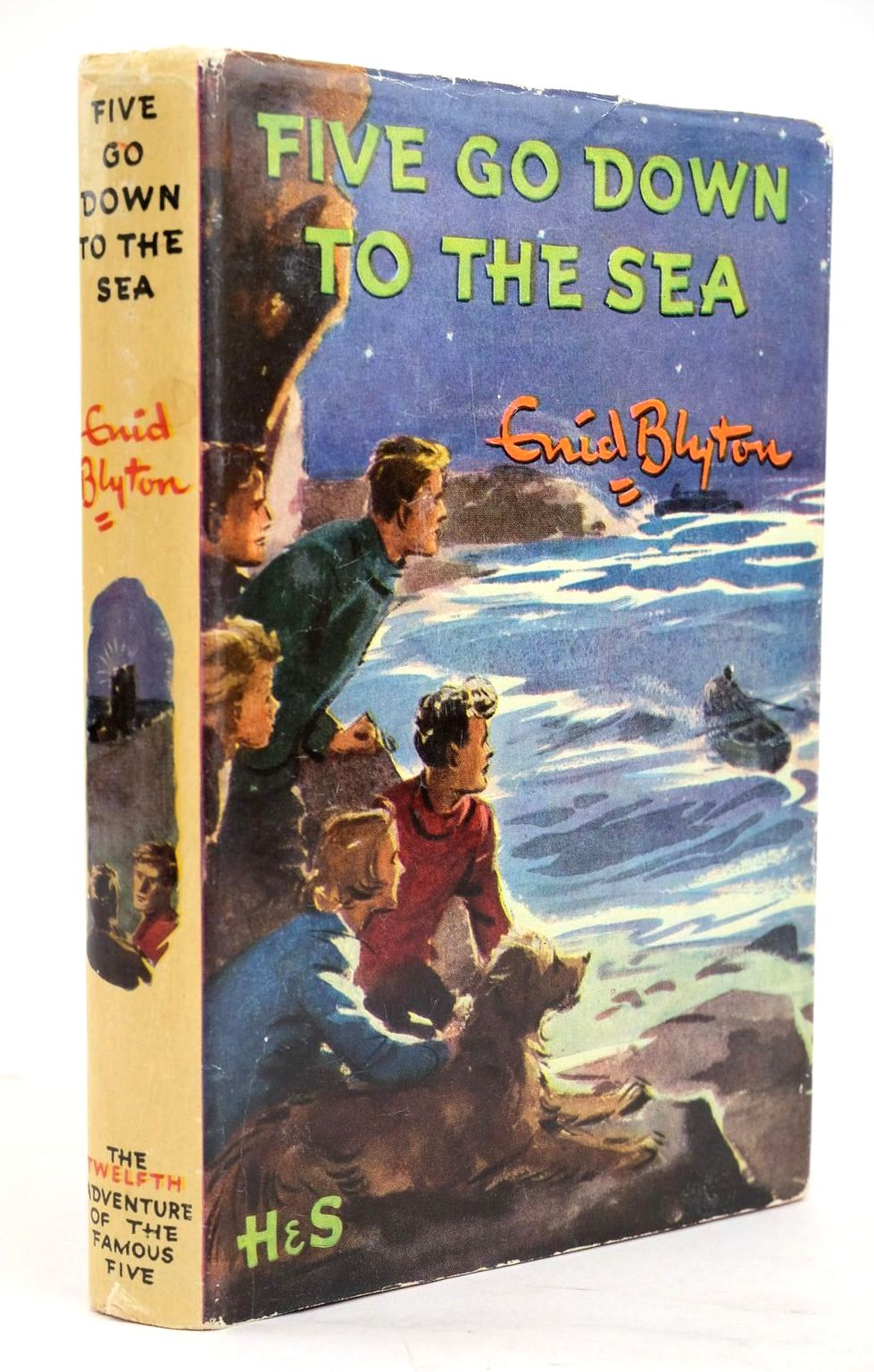 Photo of FIVE GO DOWN TO THE SEA- Stock Number: 1319576
