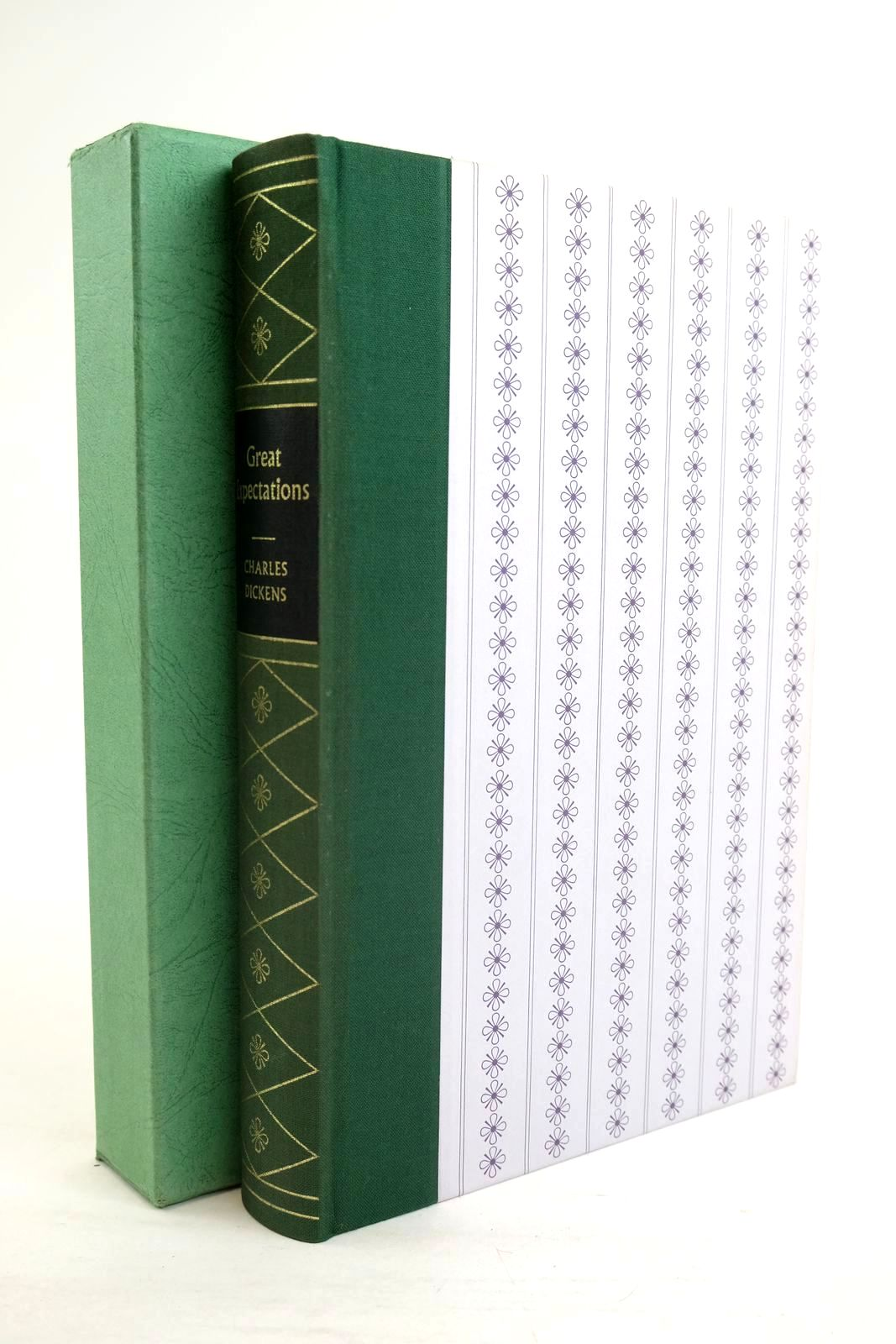 Photo of GREAT EXPECTATIONS written by Dickens, Charles illustrated by Keeping, Charles published by Folio Society (STOCK CODE: 1320027)  for sale by Stella & Rose's Books