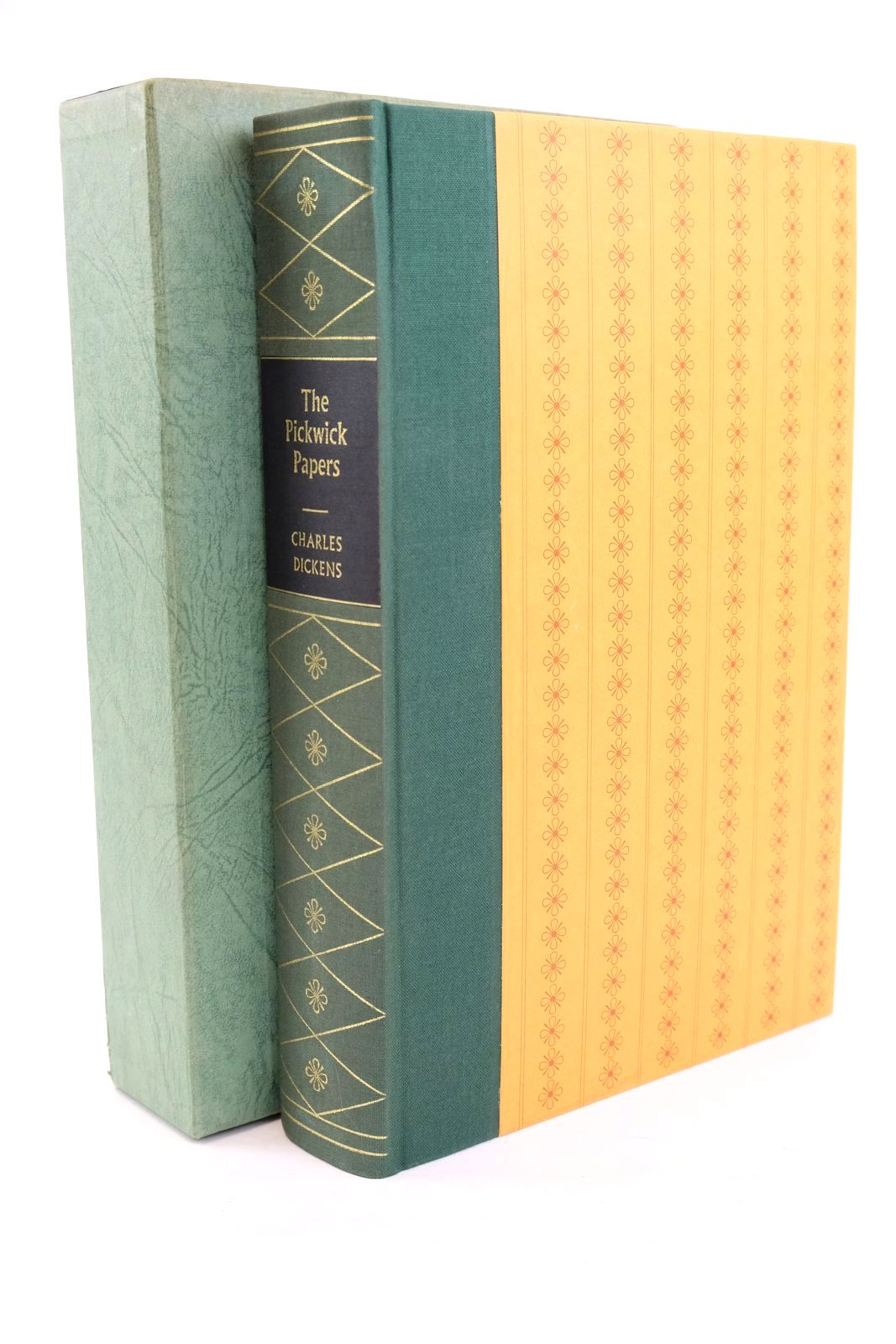 Photo of THE POSTHUMOUS PAPERS OF THE PICKWICK CLUB- Stock Number: 1320145