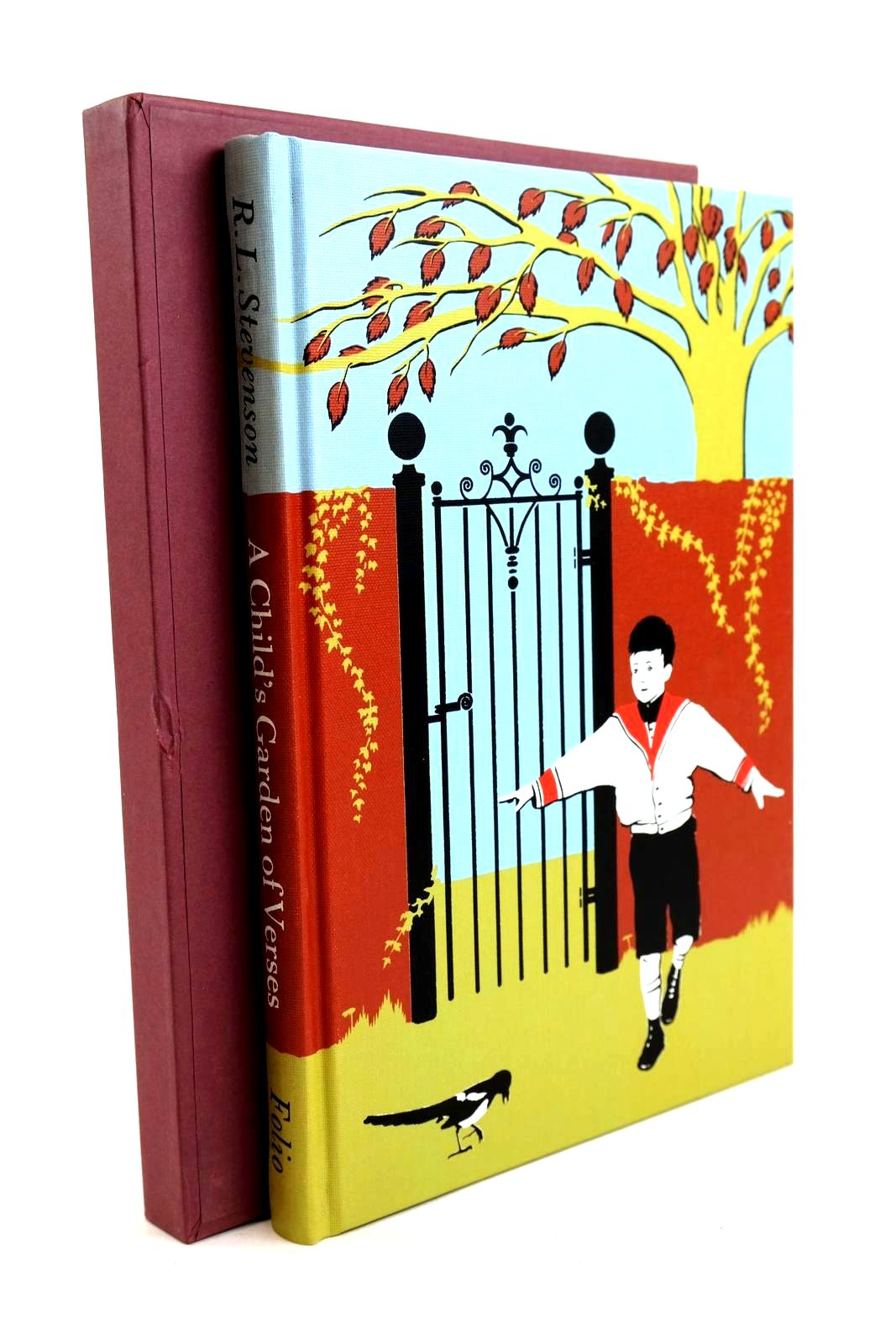 Photo of A CHILD'S GARDEN OF VERSES written by Stevenson, Robert Louis illustrated by Smithson, Helen published by Folio Society (STOCK CODE: 1320240)  for sale by Stella & Rose's Books
