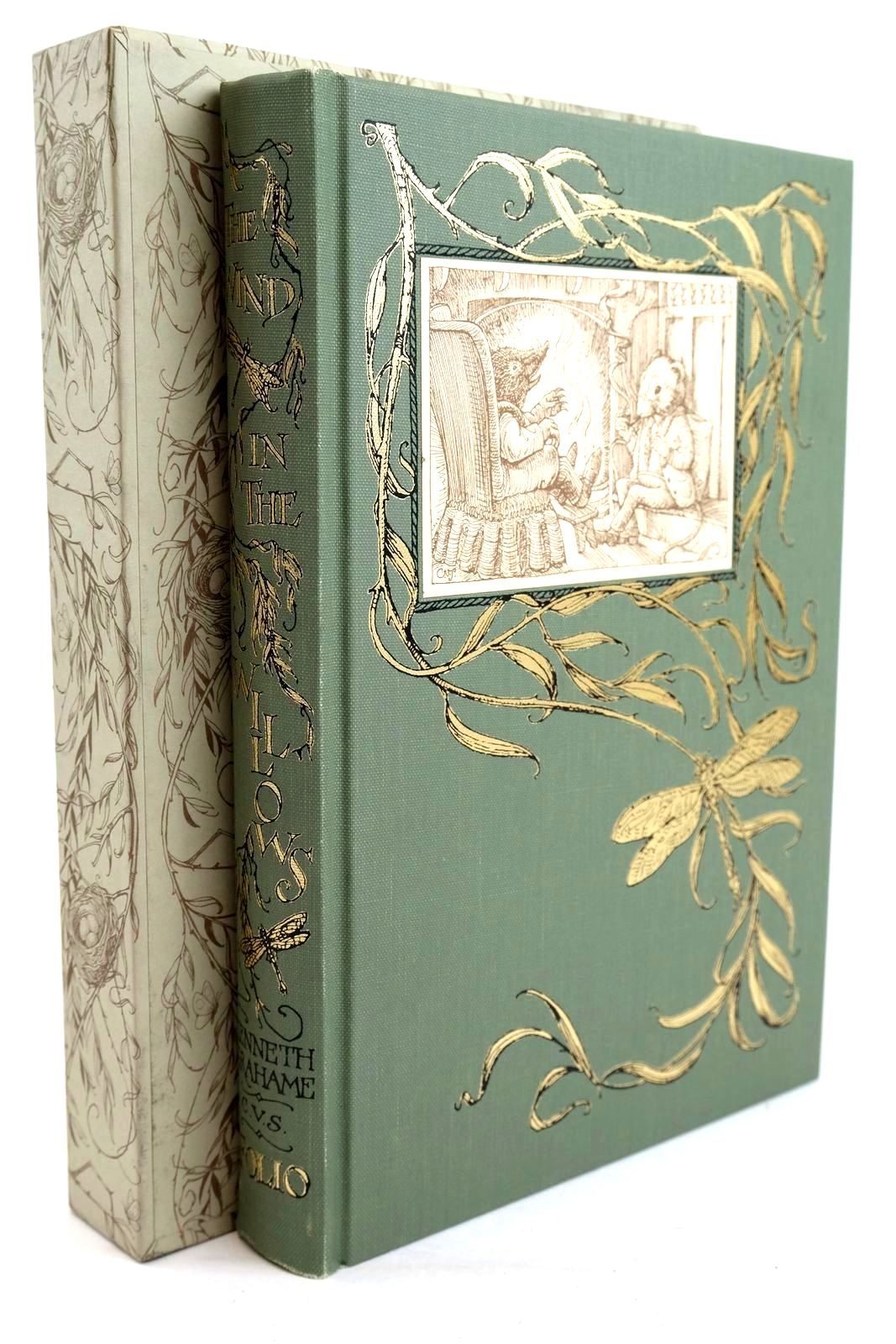 Photo of THE WIND IN THE WILLOWS written by Grahame, Kenneth illustrated by Van Sandwyk, Charles published by Folio Society (STOCK CODE: 1320241)  for sale by Stella & Rose's Books