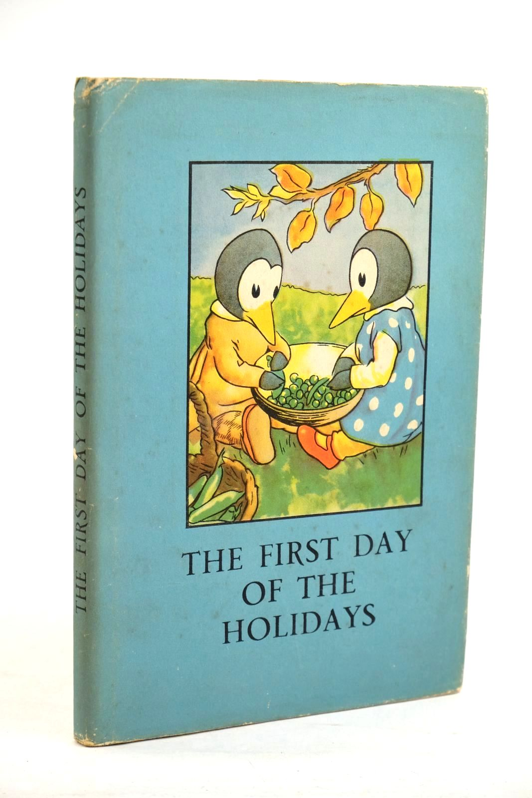 Photo of THE FIRST DAY OF THE HOLIDAYS written by Macgregor, A.J. Perring, W. illustrated by Macgregor, A.J. published by Wills & Hepworth Ltd. (STOCK CODE: 1320454)  for sale by Stella & Rose's Books