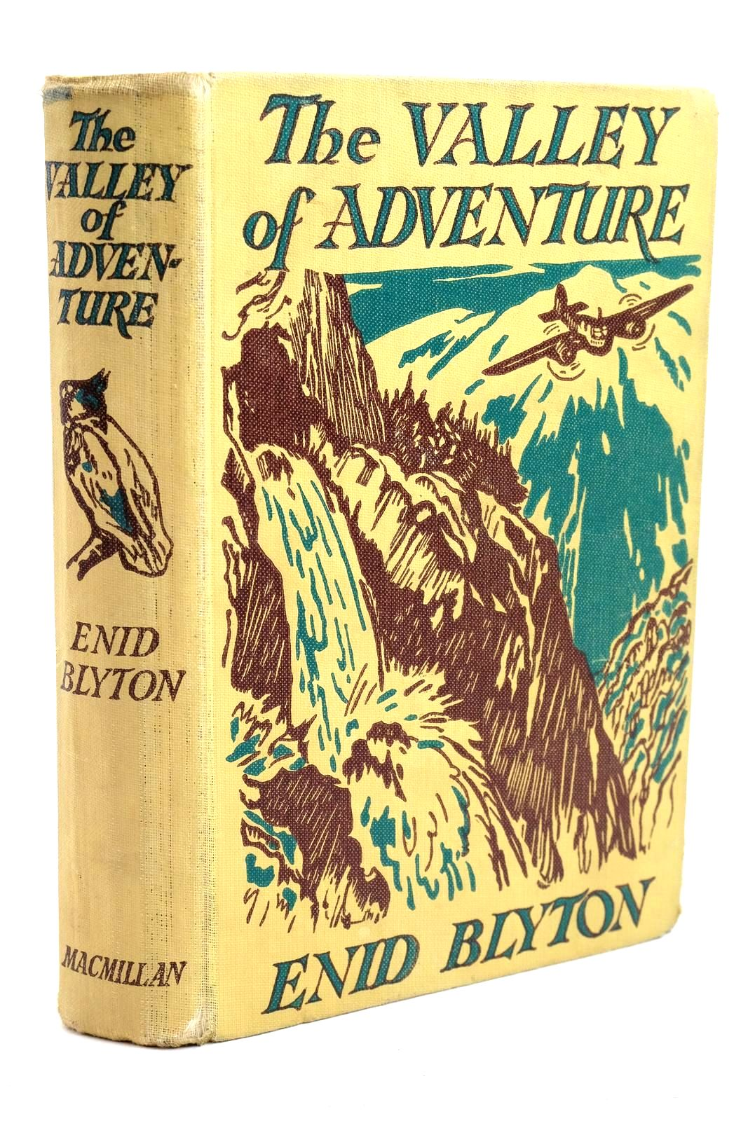 Photo of THE VALLEY OF ADVENTURE- Stock Number: 1320741