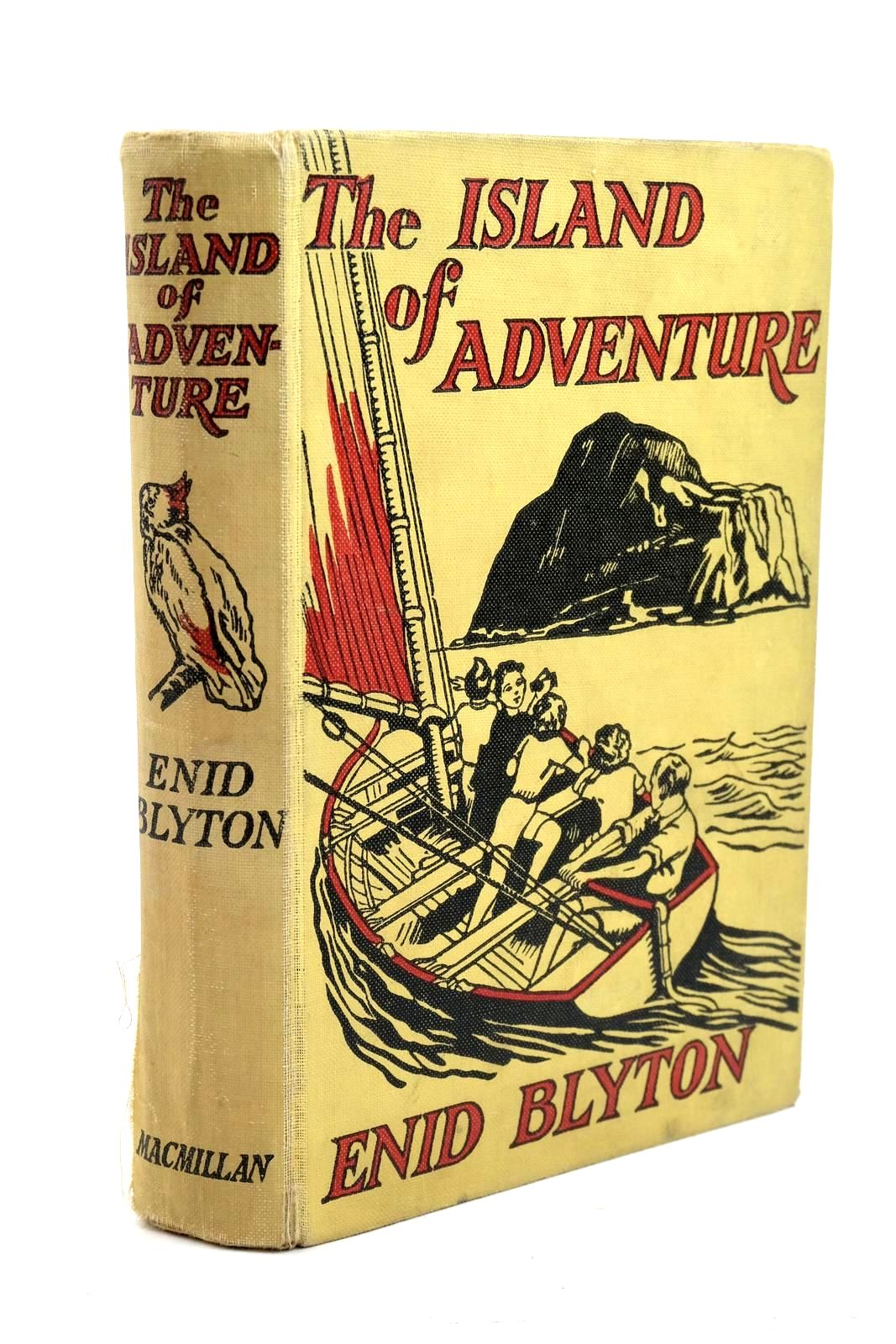Photo of THE ISLAND OF ADVENTURE written by Blyton, Enid illustrated by Tresilian, Stuart published by Macmillan & Co. Ltd. (STOCK CODE: 1320742)  for sale by Stella & Rose's Books