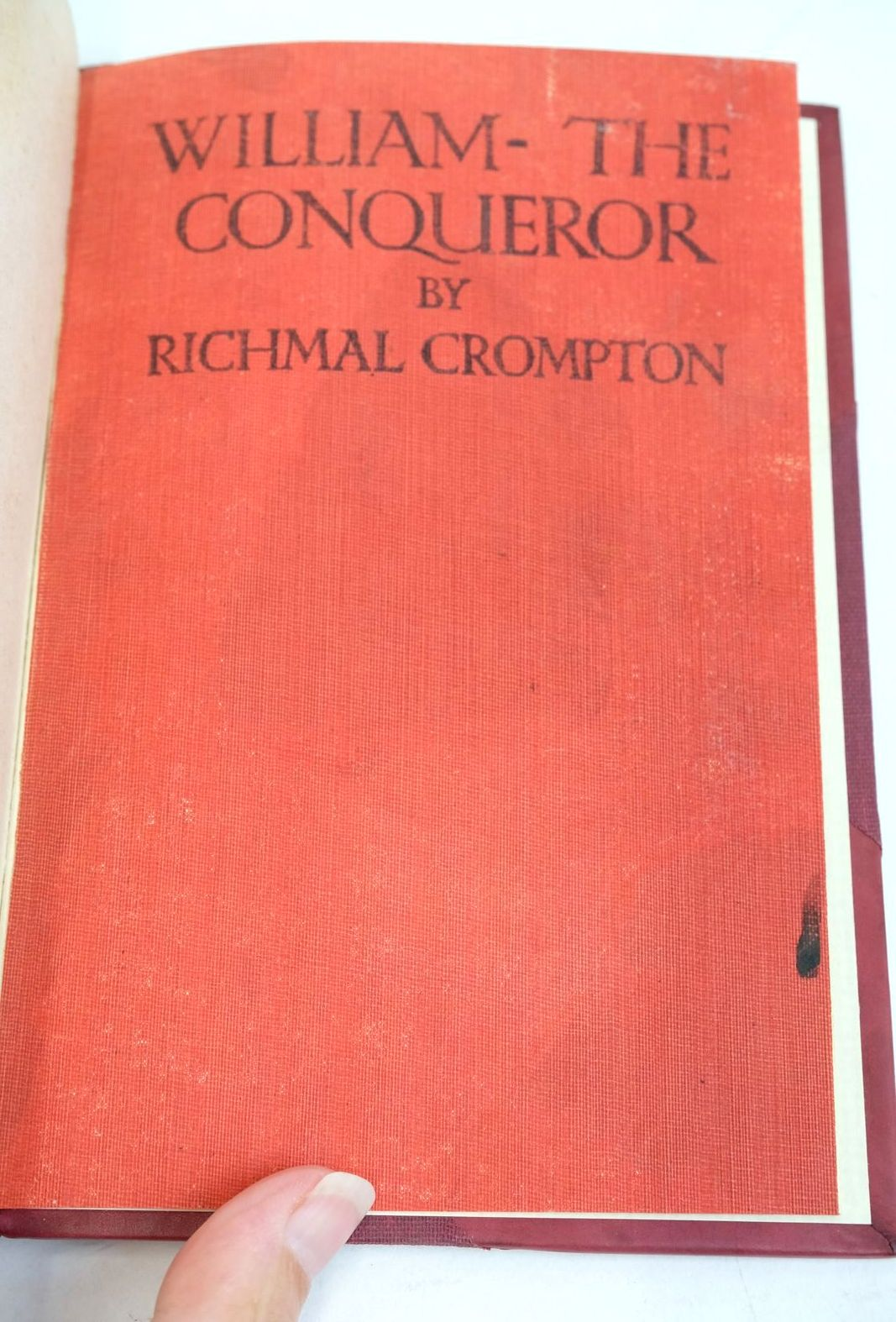 Photo of WILLIAM THE CONQUEROR written by Crompton, Richmal illustrated by Henry, Thomas published by George Newnes Limited (STOCK CODE: 1320867)  for sale by Stella & Rose's Books
