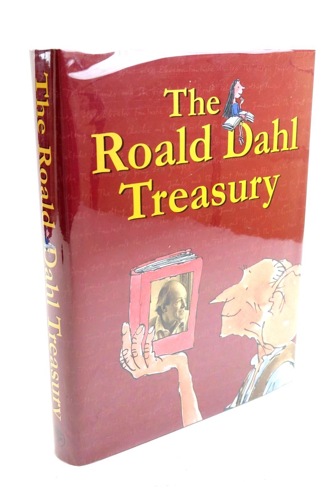Photo of THE ROALD DAHL TREASURY- Stock Number: 1321016