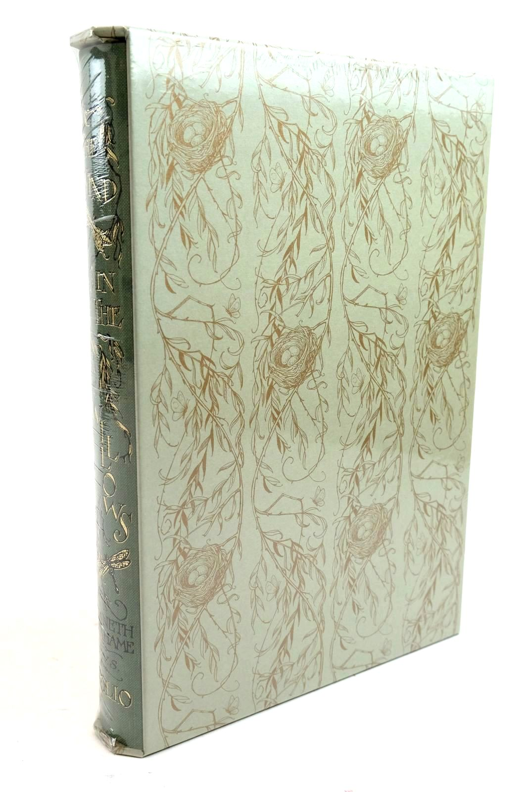 Photo of THE WIND IN THE WILLOWS written by Grahame, Kenneth illustrated by Van Sandwyk, Charles published by Folio Society (STOCK CODE: 1321309)  for sale by Stella & Rose's Books