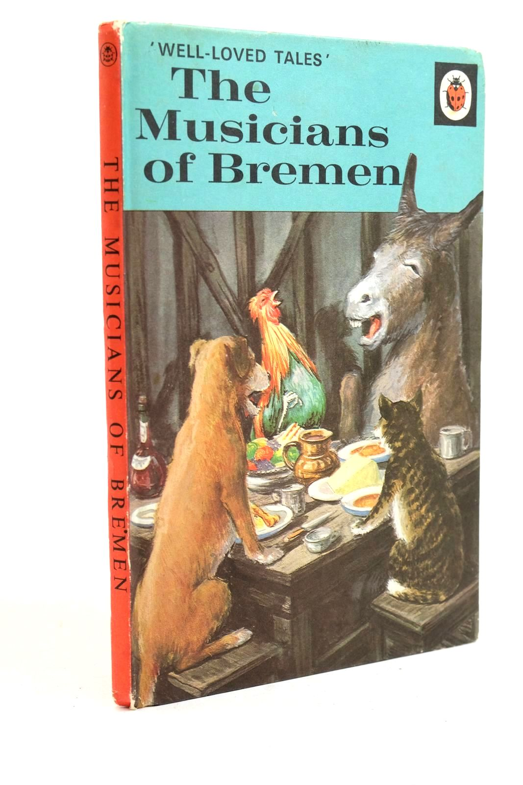 Photo of THE MUSICIANS OF BREMEN written by Southgate, Vera illustrated by Lumley, Robert Berry, John published by Ladybird Books (STOCK CODE: 1321344)  for sale by Stella & Rose's Books