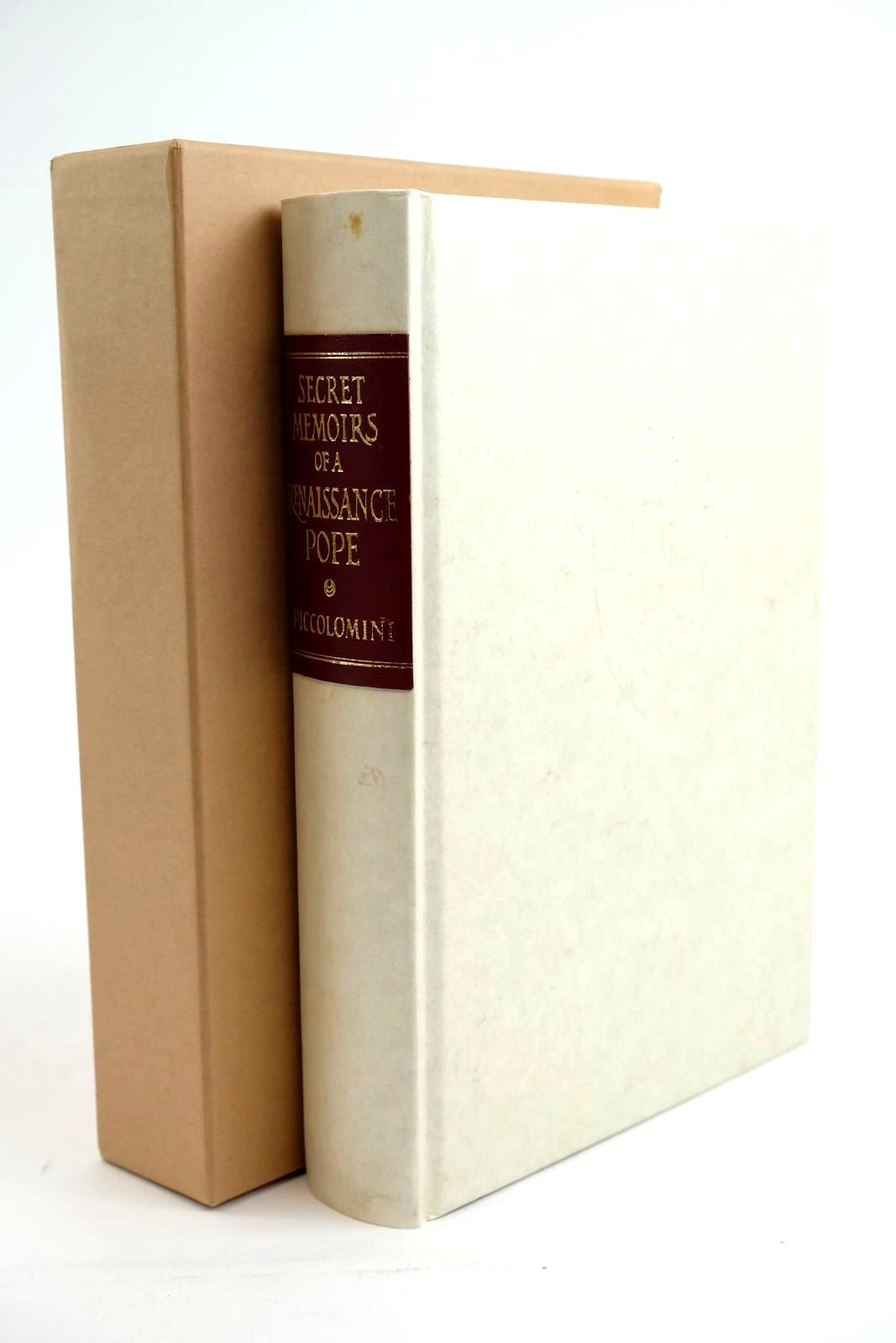 Photo of SECRET MEMOIRS OF A RENAISSANCE POPE- Stock Number: 1321572