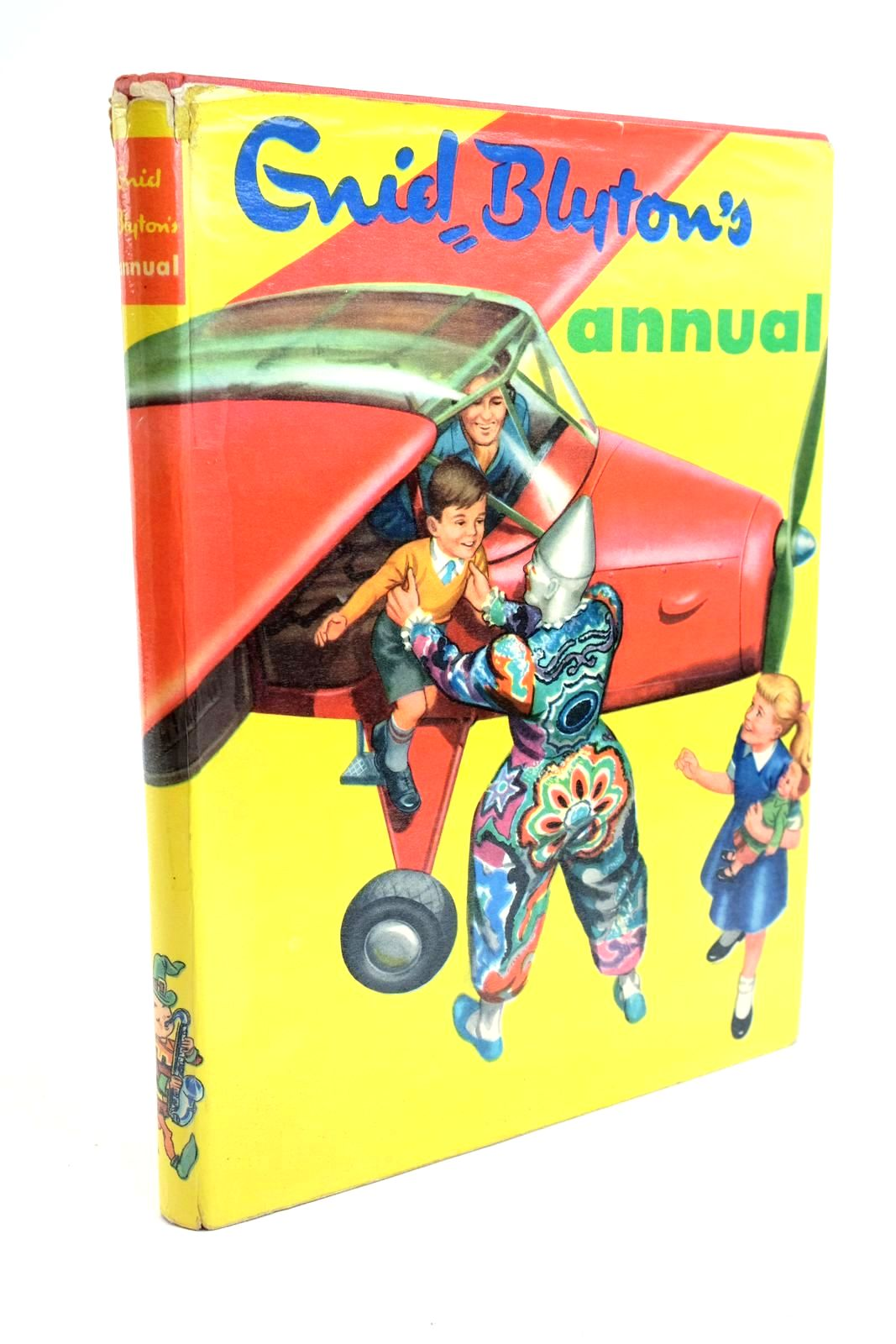 Photo of ENID BLYTON'S ANNUAL written by Blyton, Enid published by Beaverbrook Newspapers Limited (STOCK CODE: 1321602)  for sale by Stella & Rose's Books