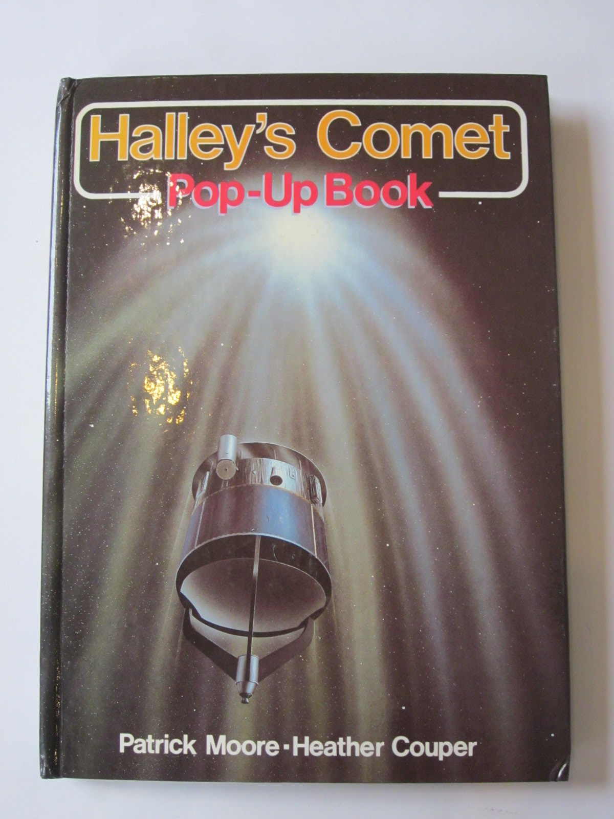 Photo of HALLEY'S COMET POP-UP BOOK written by Moore, Patrick<br />Couper, Heather illustrated by Doherty, Paul published by Deans International Publishing (STOCK CODE: 1401042)  for sale by Stella & Rose's Books
