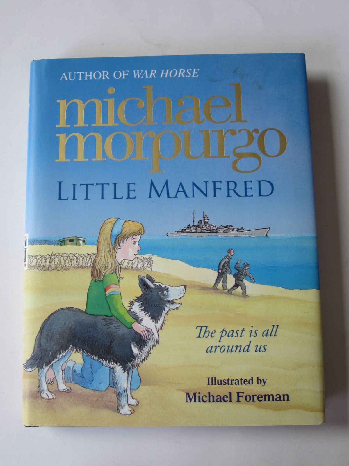 Photo of LITTLE MANFRED written by Morpurgo, Michael illustrated by Foreman, Michael published by Harper Collins Childrens Books (STOCK CODE: 1401262)  for sale by Stella & Rose's Books