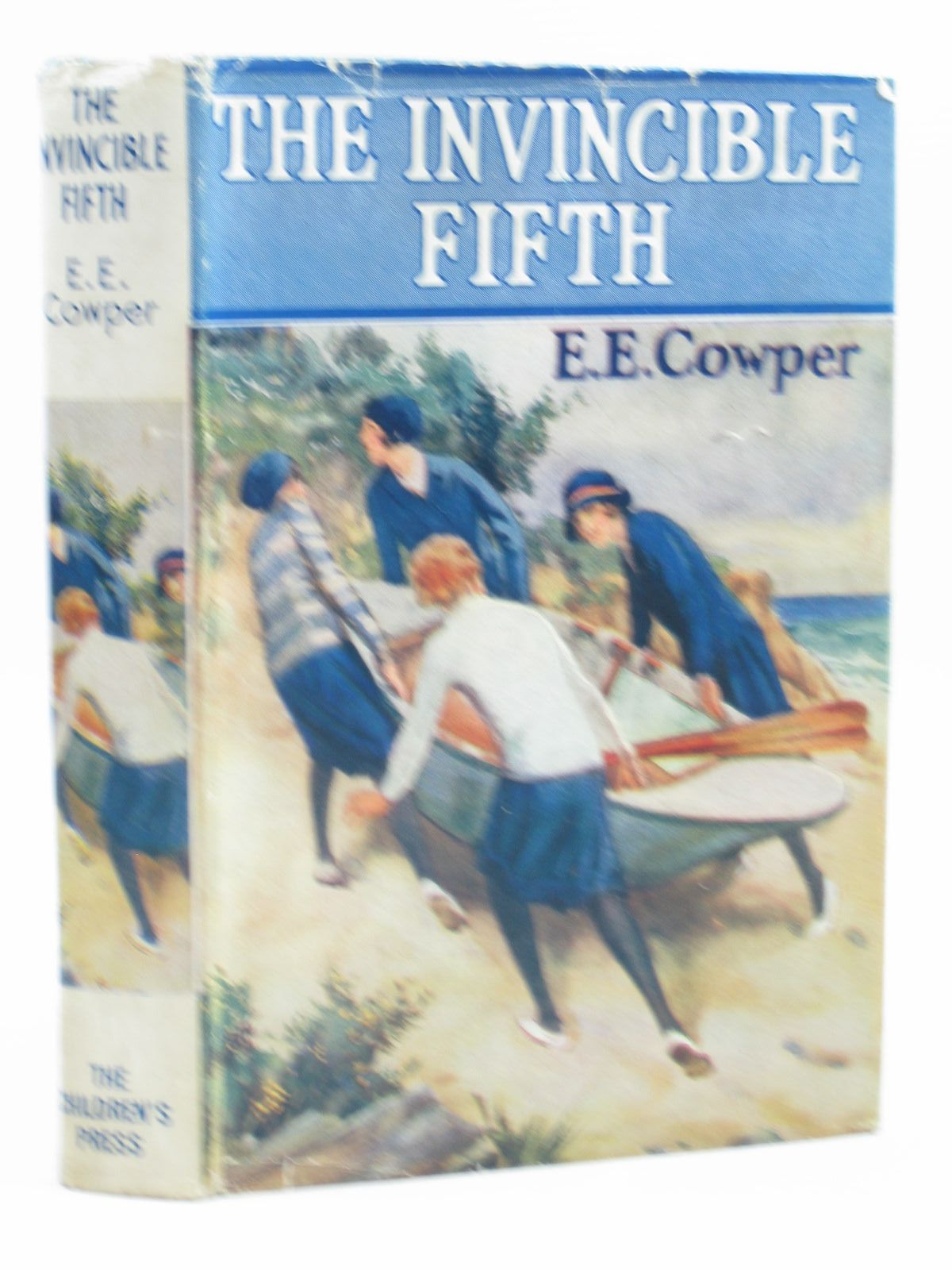 Photo of THE INVINCIBLE FIFTH written by Cowper, E.E. illustrated by Hickling, P.B. published by The Children's Press (STOCK CODE: 1403731)  for sale by Stella & Rose's Books