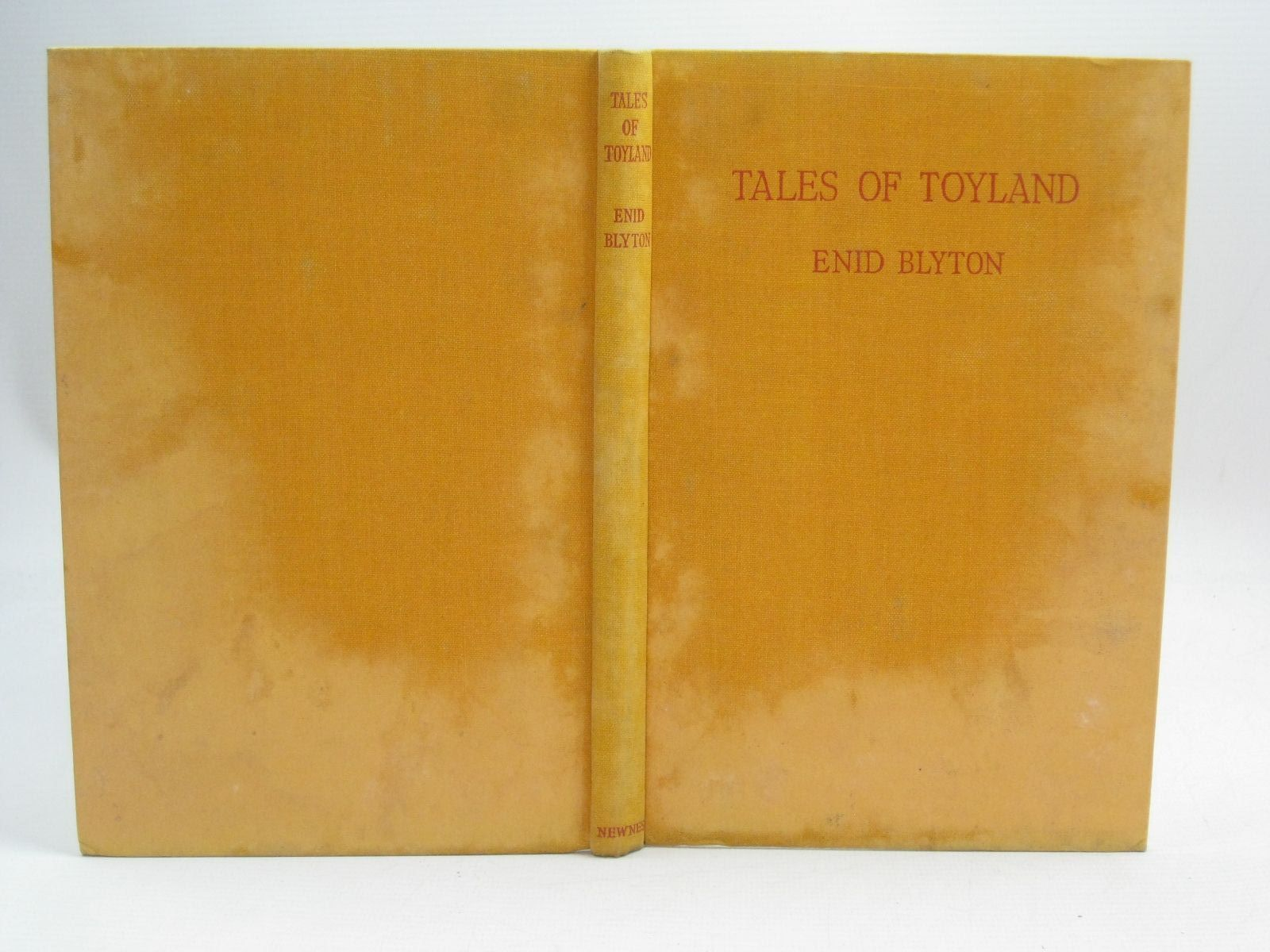 Photo of TALES OF TOYLAND written by Blyton, Enid illustrated by McGavin, Hilda published by George Newnes Limited (STOCK CODE: 1405862)  for sale by Stella & Rose's Books