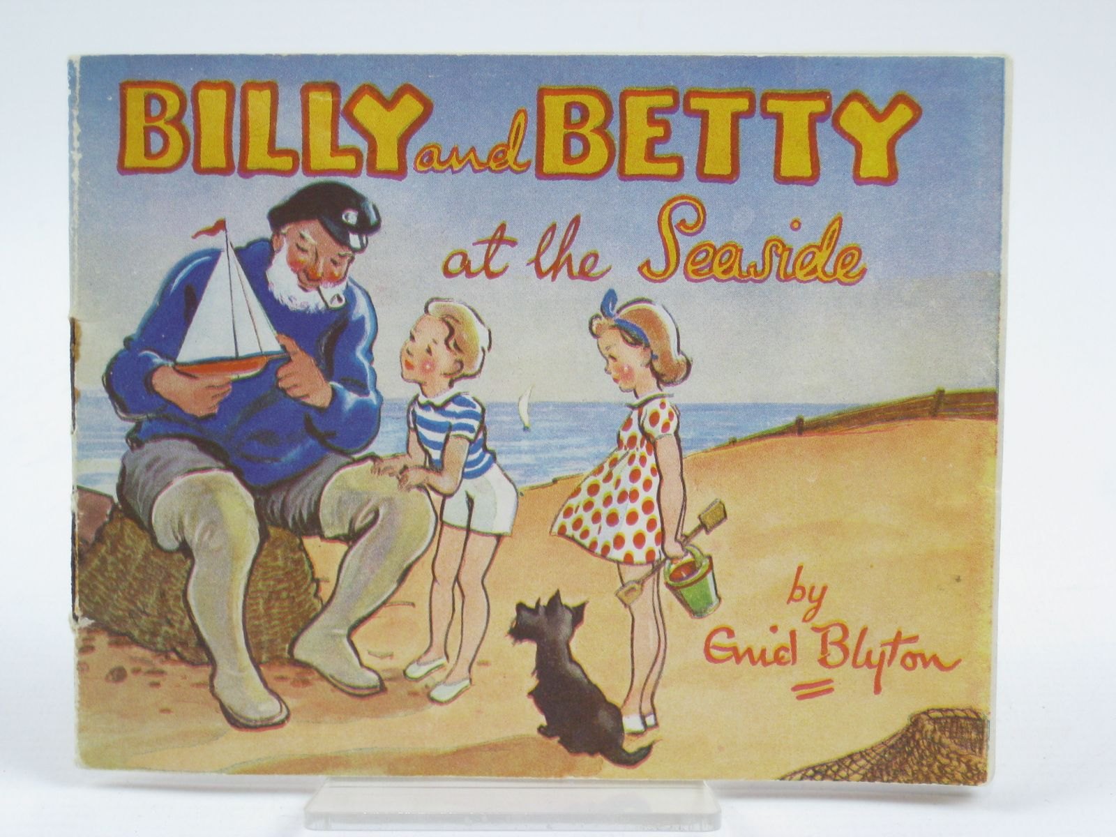 Photo of BILLY AND BETTY AT THE SEASIDE- Stock Number: 1406301