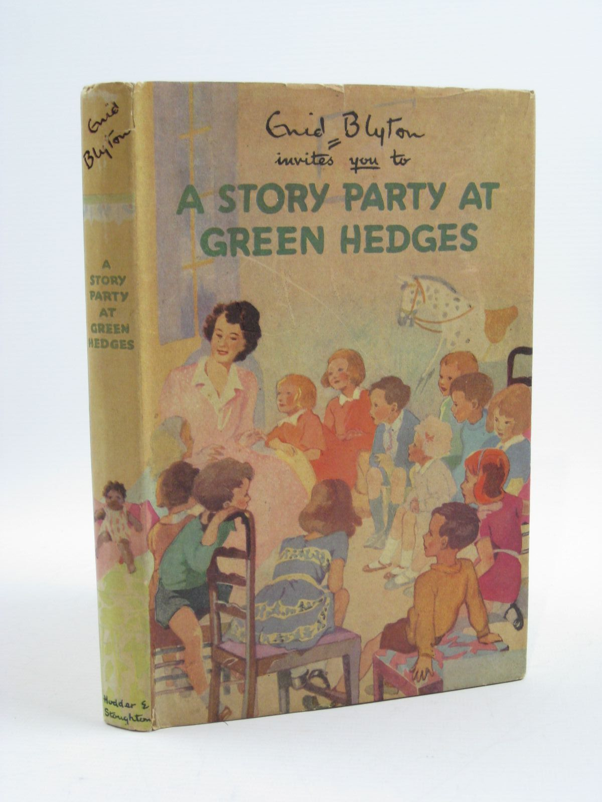 Photo of A STORY PARTY AT GREEN HEDGES written by Blyton, Enid illustrated by Lodge, Grace published by Hodder & Stoughton (STOCK CODE: 1406699)  for sale by Stella & Rose's Books