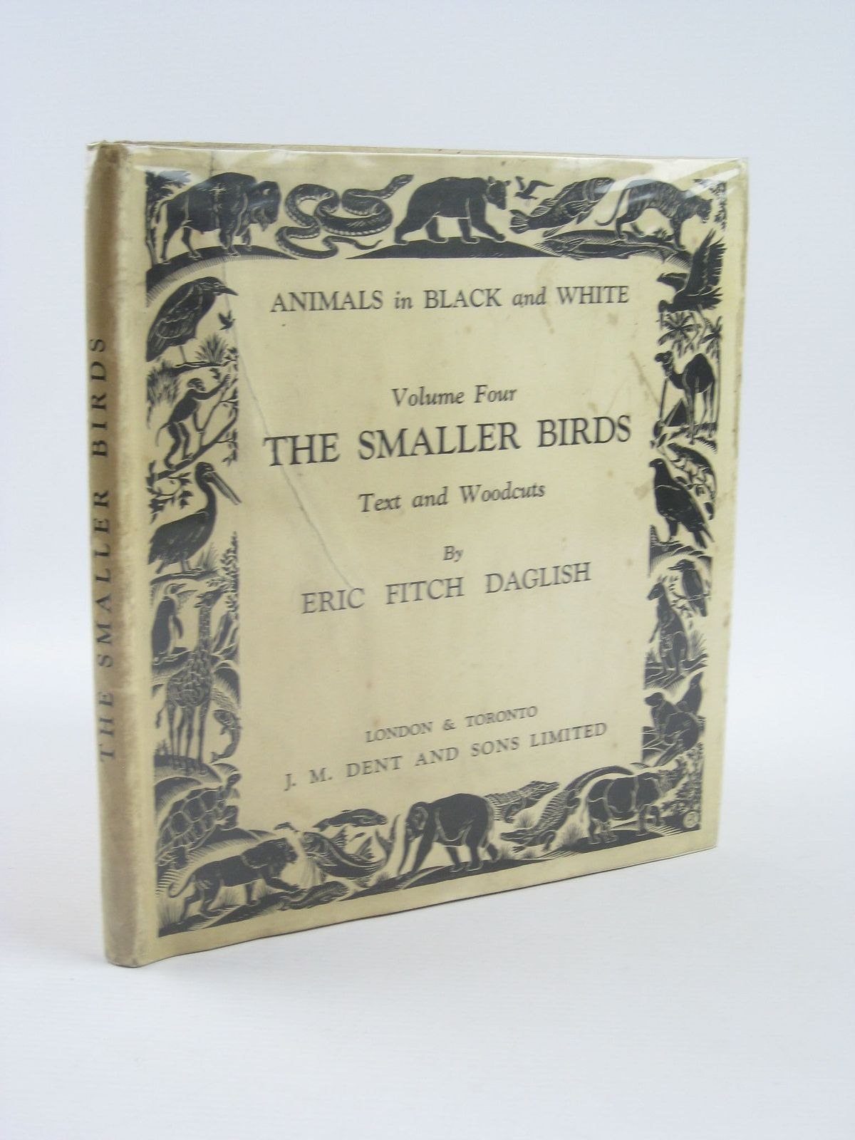 Photo of THE SMALLER BIRDS written by Daglish, Eric Fitch illustrated by Daglish, Eric Fitch published by J.M. Dent & Sons Ltd. (STOCK CODE: 1501577)  for sale by Stella & Rose's Books