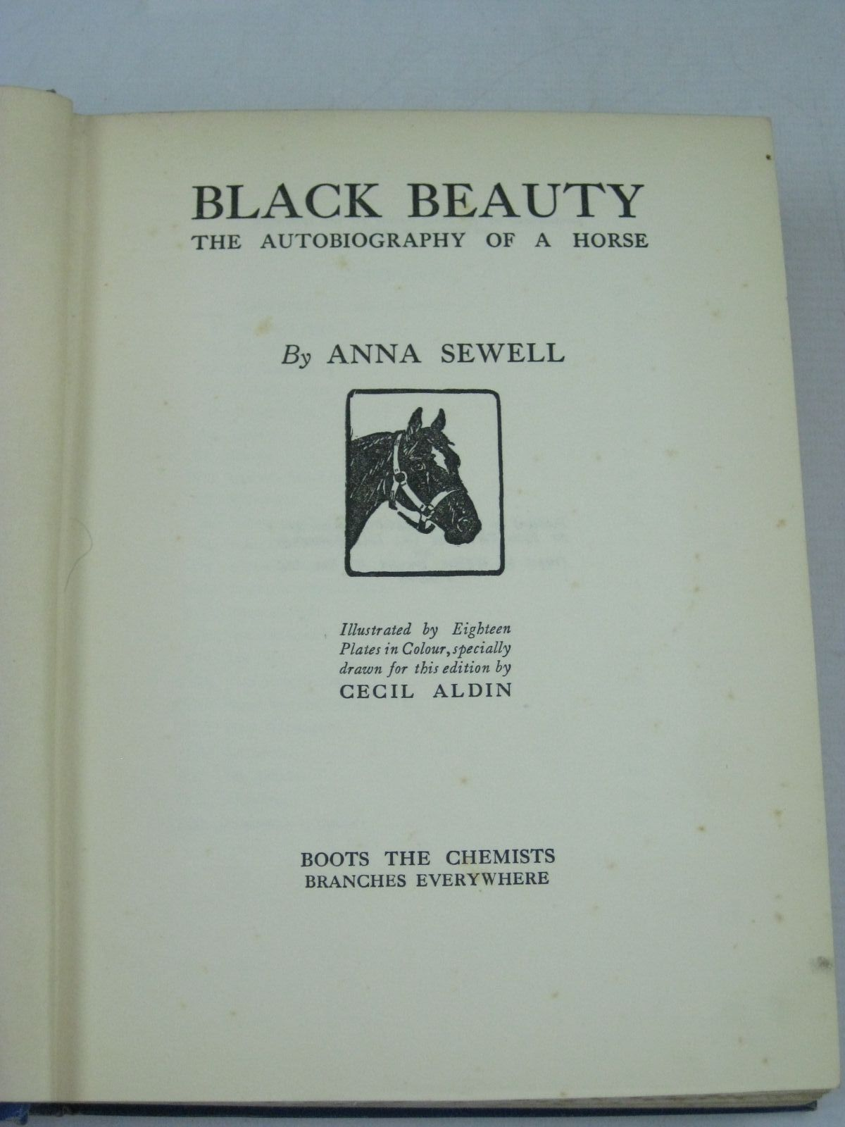 Photo of THE CHUMMY BOOK - FIFTH YEAR written by Chisholm, Edwin Chaundler, Christine Praeger, S. Rosamond Scott-Hopper, Queenie et al,  illustrated by Attwell, Mabel Lucie Earnshaw, Harold Tarrant, Margaret Cowham, Hilda Spooner, M.D. et al.,  published by Thomas Nelson and Sons Ltd. (STOCK CODE: 1505445)  for sale by Stella & Rose's Books
