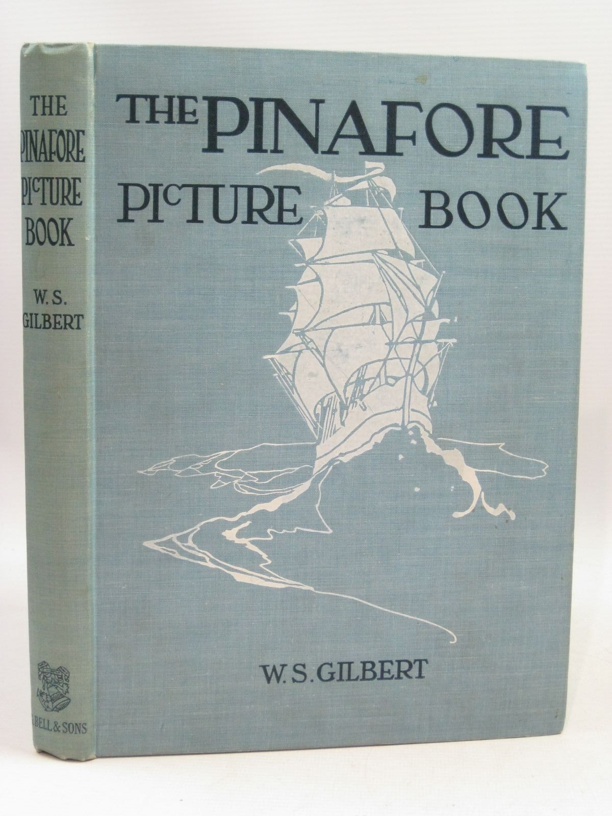 Photo of THE PINAFORE PICTURE BOOK- Stock Number: 1505657