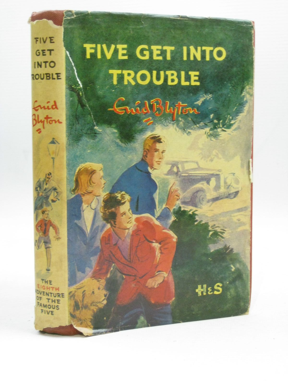 Photo of FIVE GET INTO TROUBLE written by Blyton, Enid illustrated by Soper, Eileen published by Hodder & Stoughton (STOCK CODE: 1506411)  for sale by Stella & Rose's Books