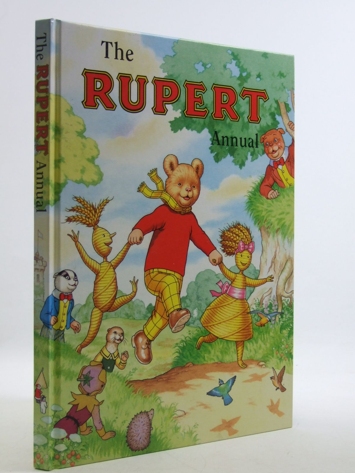 Photo of RUPERT ANNUAL 2000 written by Robinson, Ian illustrated by Harrold, John Hart, Gina published by Pedigree Books Limited (STOCK CODE: 1604062)  for sale by Stella & Rose's Books
