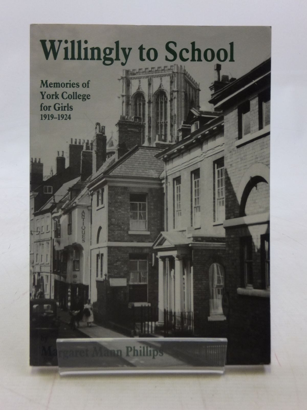 Photo of WILLINGLY TO SCHOOL- Stock Number: 1605885