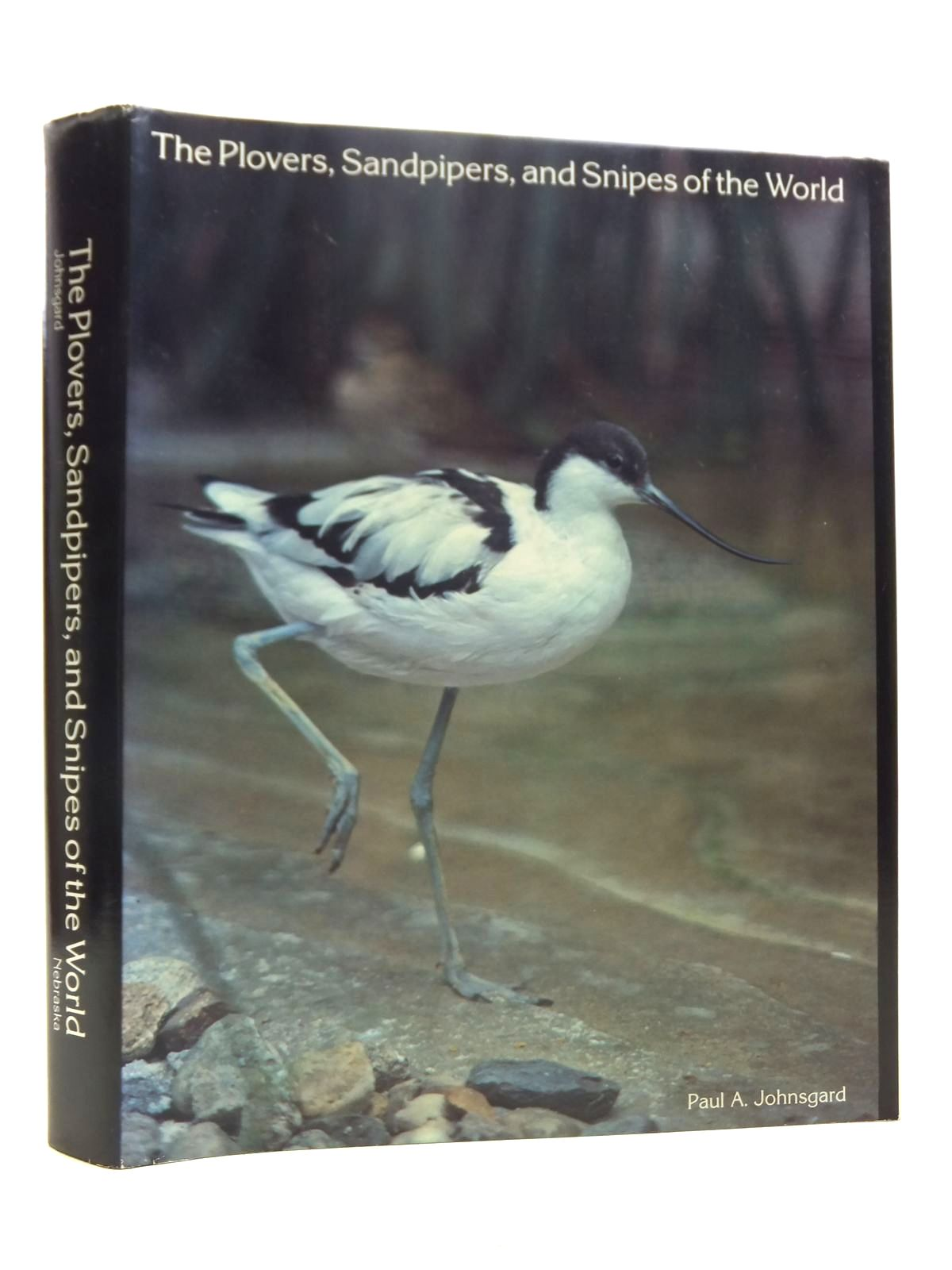 Photo of THE PLOVERS, SANDPIPERS, AND SNIPES OF THE WORLD- Stock Number: 1607369