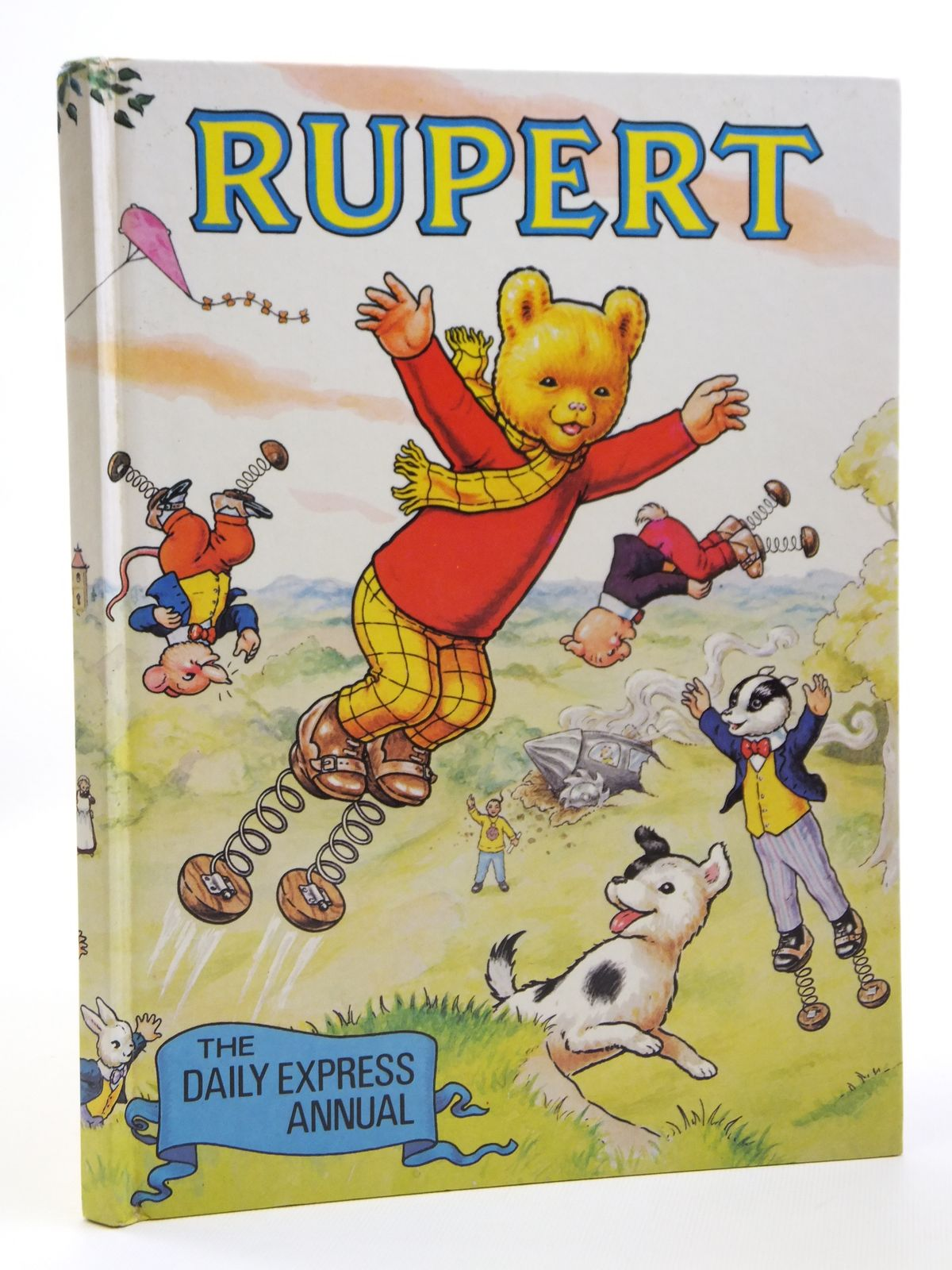 Photo of RUPERT ANNUAL 1982 illustrated by Harrold, John published by Express Newspapers Ltd. (STOCK CODE: 1608043)  for sale by Stella & Rose's Books
