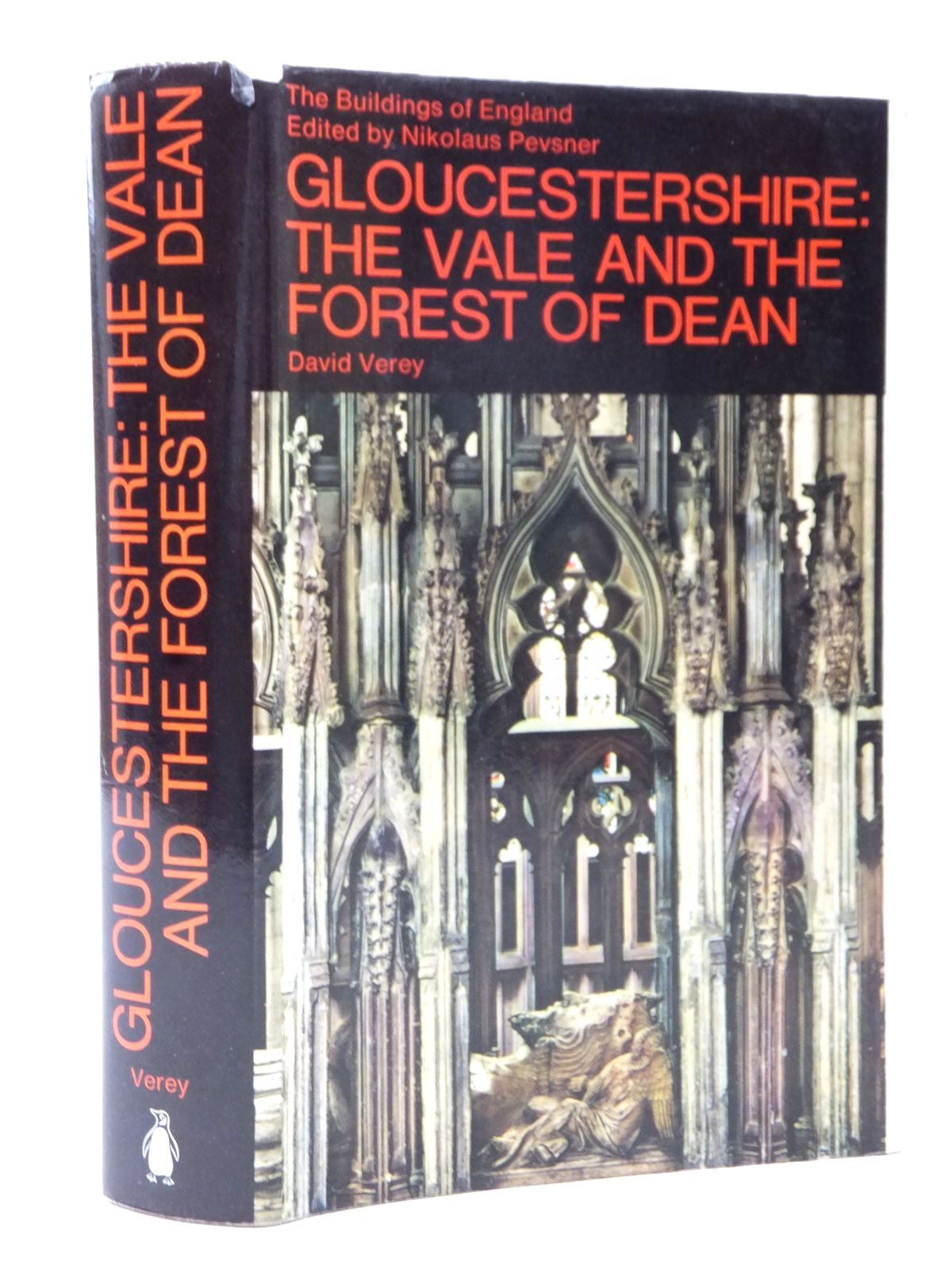 Photo of GLOUCESTERSHIRE 2: THE VALE AND THE FOREST OF DEAN (BUILDINGS OF ENGLAND) written by Verey, David<br />Pevsner, Nikolaus published by Penguin Books (STOCK CODE: 1609053)  for sale by Stella & Rose's Books