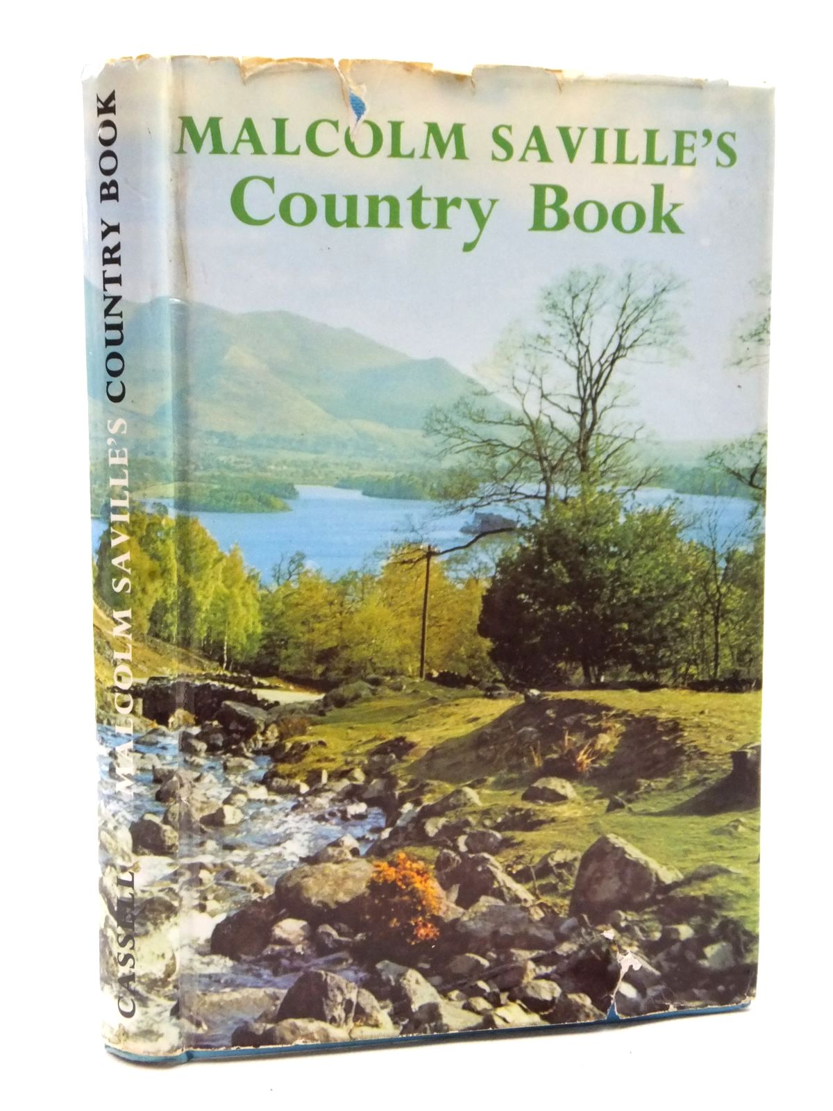 Photo of MALCOLM SAVILLE'S COUNTRY BOOK written by Saville, Malcolm published by Cassell (STOCK CODE: 1609068)  for sale by Stella & Rose's Books