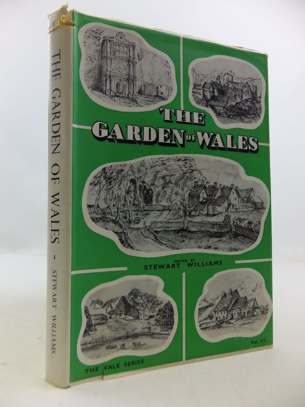 Photo of THE GARDEN OF WALES written by Williams, Stewart published by Stewart Williams (STOCK CODE: 1709362)  for sale by Stella & Rose's Books