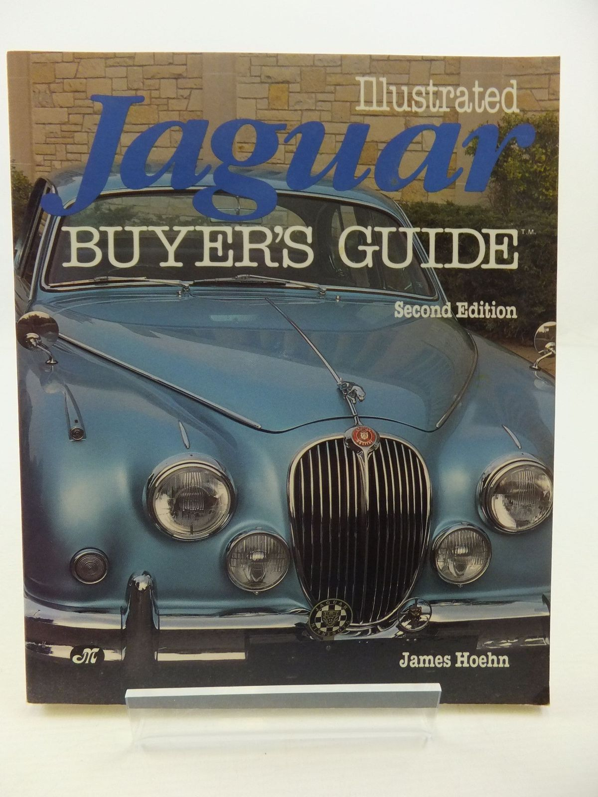 Photo of ILLUSTRATED JAGUAR BUYER'S GUIDE- Stock Number: 1807845