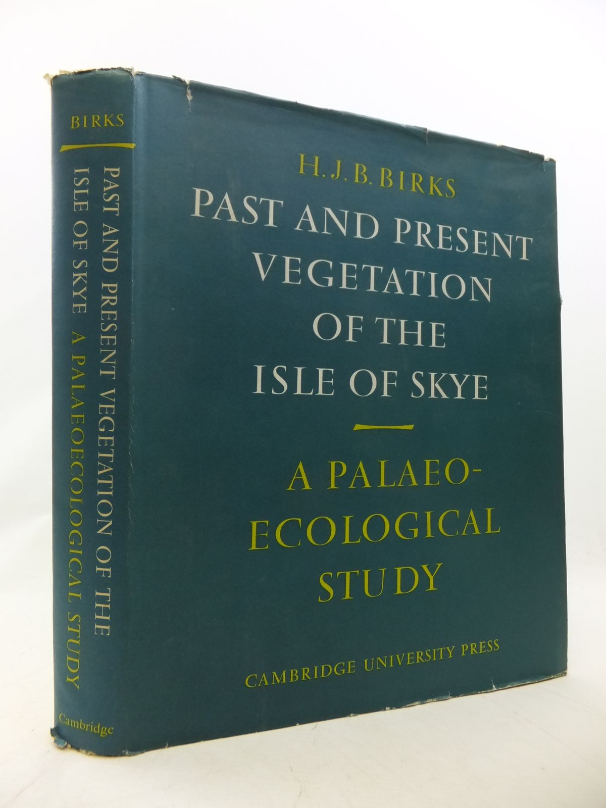 Photo of PAST AND PRESENT VEGETATION OF THE ISLE OF SKYE: A PALAEOECOLOGICAL STUDY written by Birks, H.J.B. published by Cambridge University Press (STOCK CODE: 1809027)  for sale by Stella & Rose's Books