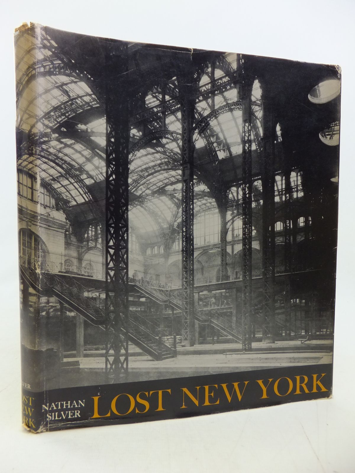 Photo of LOST NEW YORK- Stock Number: 1809332