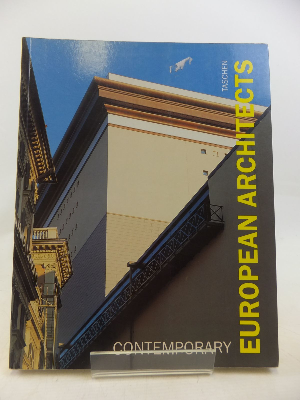 Photo of CONTEMPORARY EUROPEAN ARCHITECTS written by Amsoneit, Wolfgang published by Benedikt Taschen (STOCK CODE: 1809451)  for sale by Stella & Rose's Books