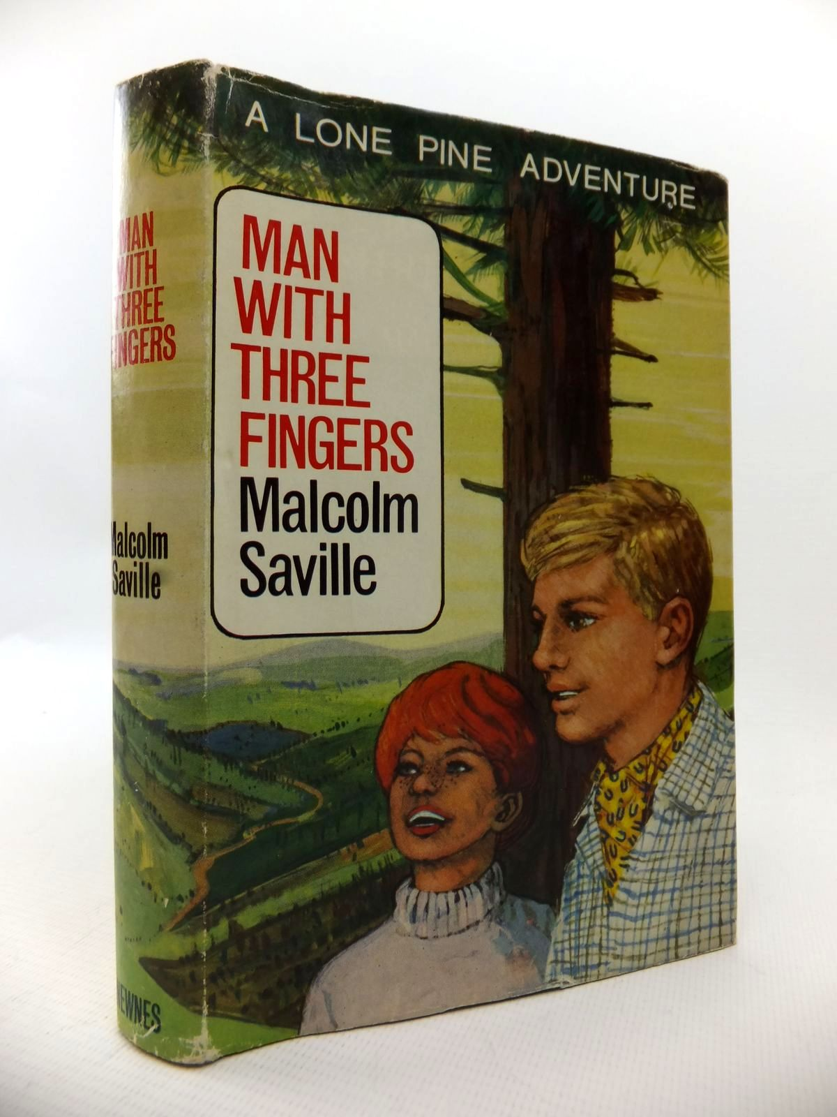Photo of MAN WITH THREE FINGERS written by Saville, Malcolm illustrated by Whittlesea, Michael published by Newnes (STOCK CODE: 1813466)  for sale by Stella & Rose's Books