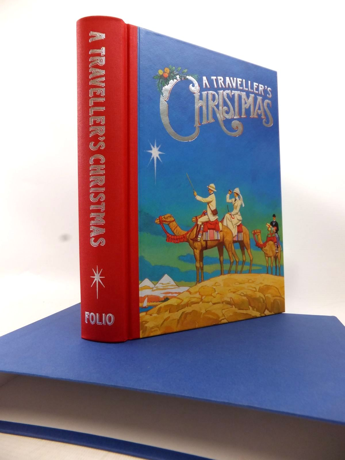 Photo of A TRAVELLER'S CHRISTMAS written by Bradbury, Sue illustrated by Slater, Paul published by Folio Society (STOCK CODE: 1813946)  for sale by Stella & Rose's Books