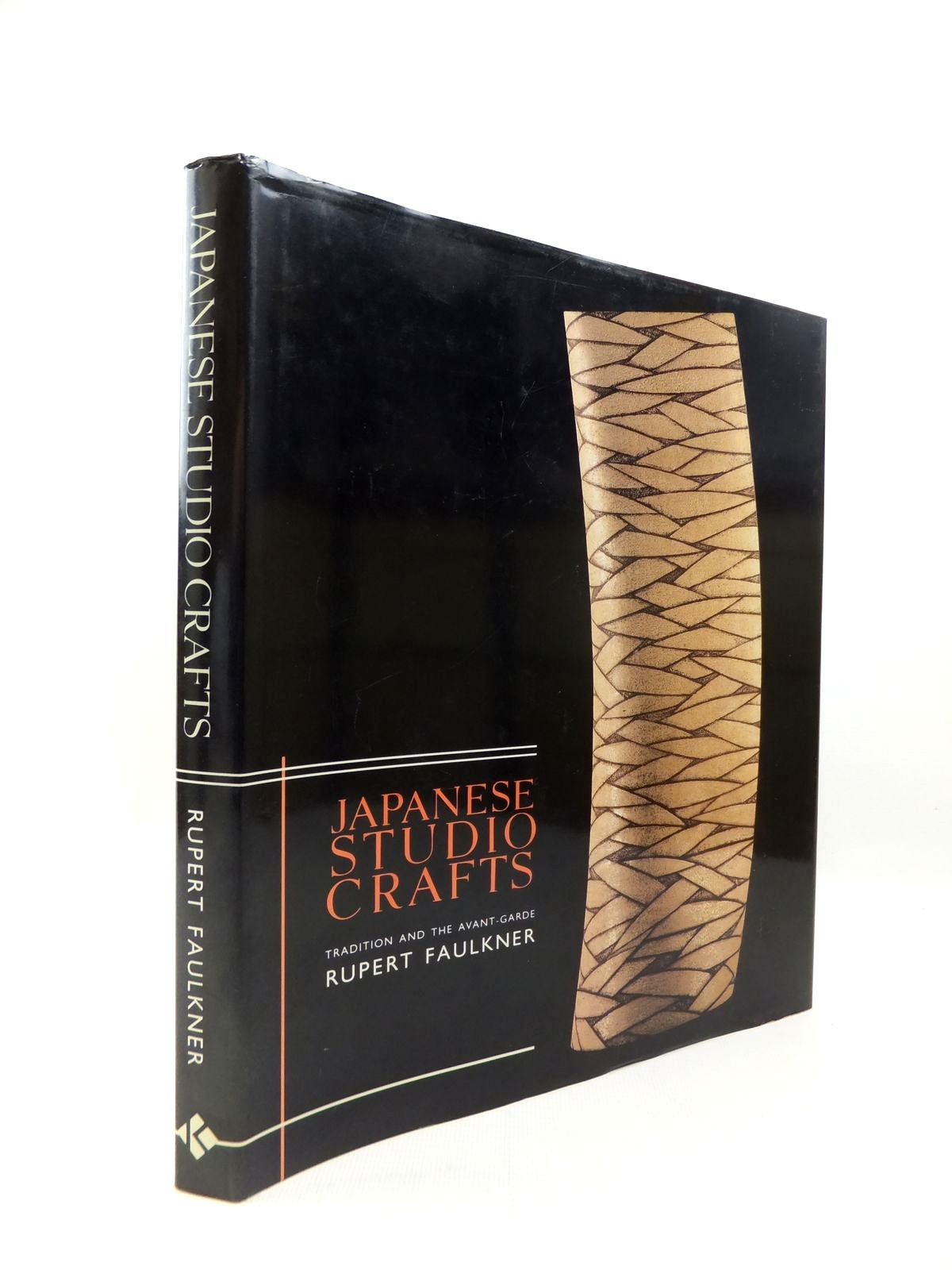 Photo of JAPANESE STUDIO CRAFTS: TRADITION AND THE AVANT-GARDE- Stock Number: 1814504