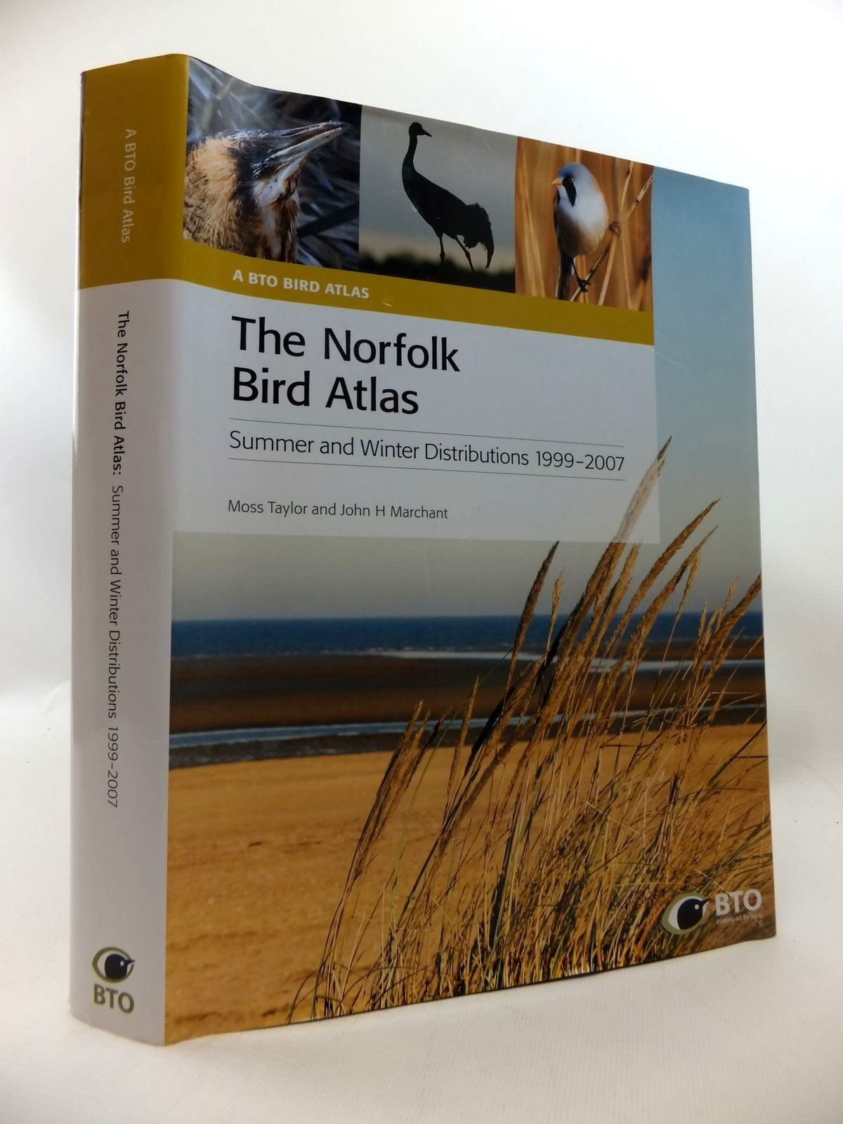 Photo of THE NORFOLK BIRD ATLAS: SUMMER AND WINTER DISTRIBUTIONS 1999-2007 written by Taylor, Moss<br />Marchant, John H. published by British Trust for Ornithology (STOCK CODE: 1815234)  for sale by Stella & Rose's Books