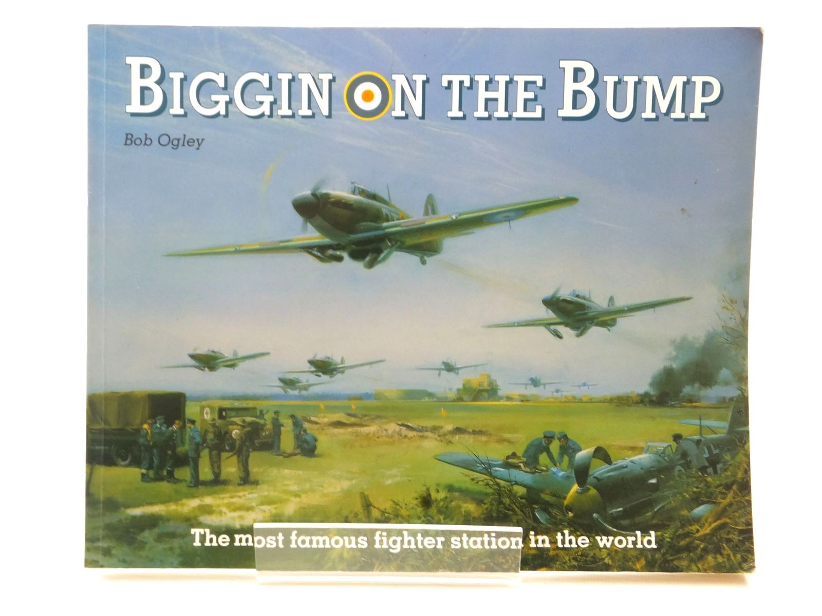 Photo of BIGGIN ON THE BUMP written by Ogley, Bob published by Froglets Publications (STOCK CODE: 1815472)  for sale by Stella & Rose's Books