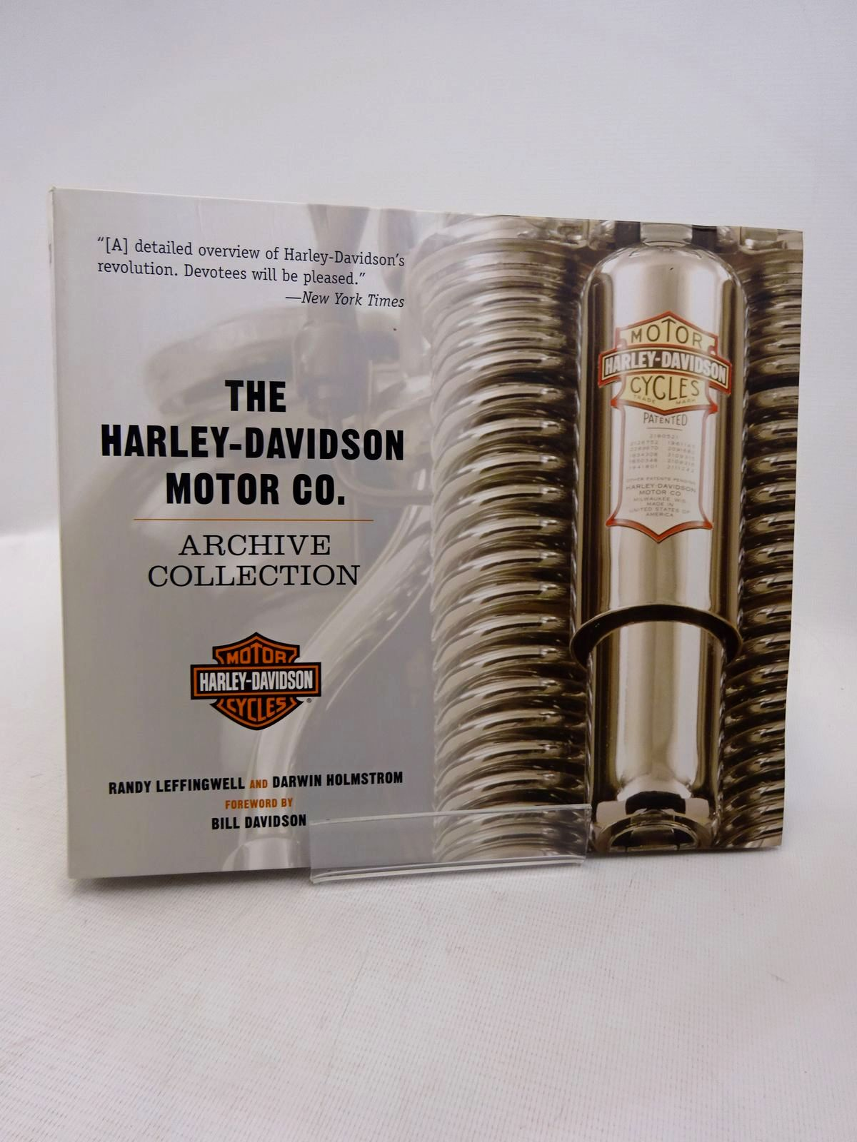 Photo of THE HARLEY-DAVIDSON MOTOR CO. ARCHIVE COLLECTION written by Leffingwell, Randy Holmstrom, Darwin published by Motorbooks (STOCK CODE: 1817090)  for sale by Stella & Rose's Books