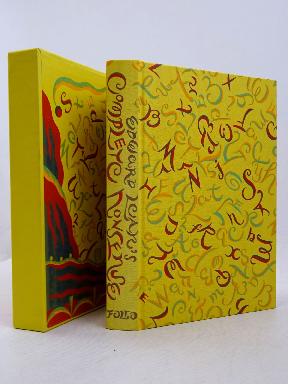 Photo of EDWARD LEAR'S COMPLETE NONSENSE written by Lear, Edward Blake, Quentin illustrated by Lear, Edward Beards, Richard published by Folio Society (STOCK CODE: 1817274)  for sale by Stella & Rose's Books