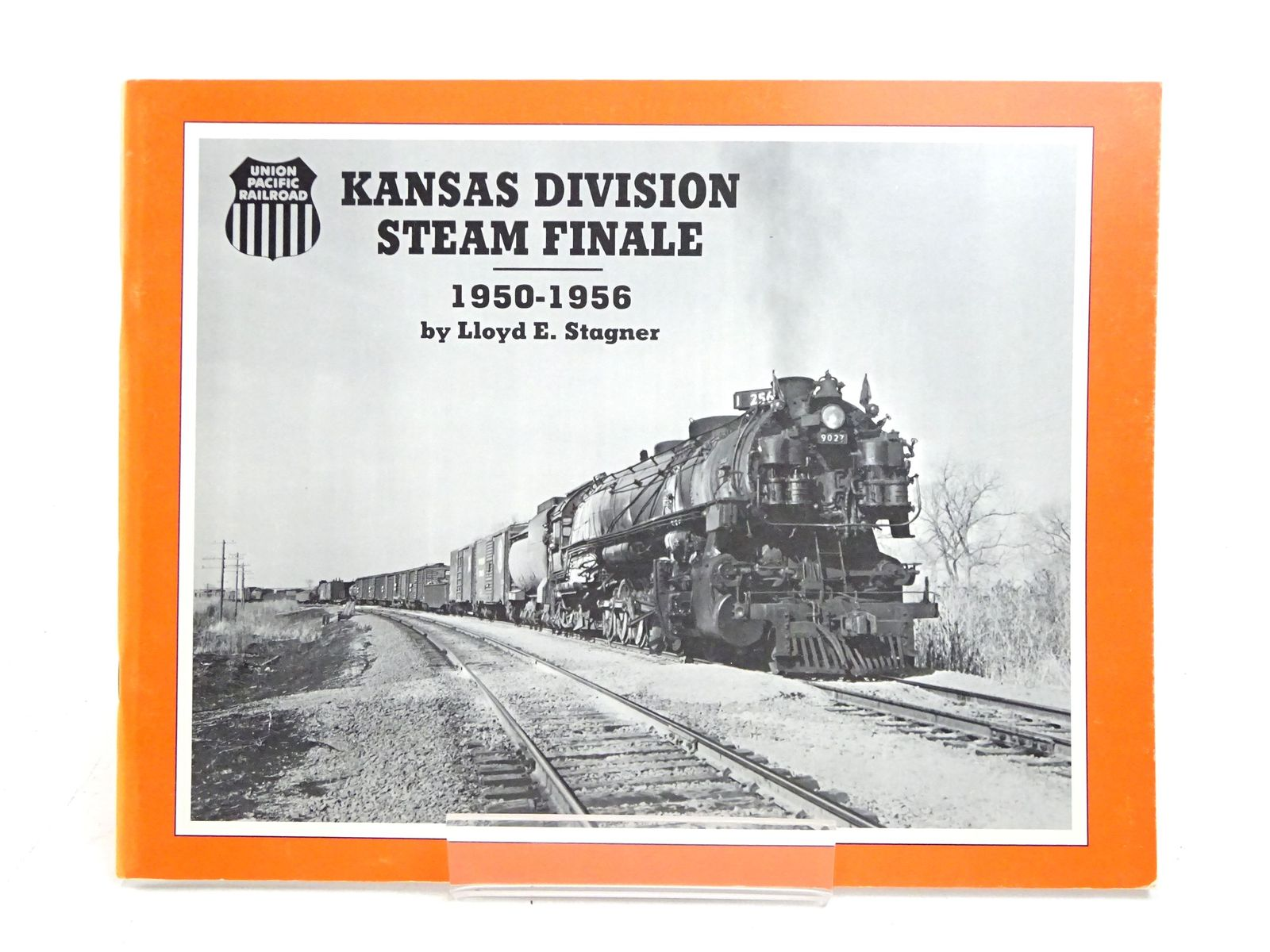 Photo of KANSAS DIVISION STEAM FINALE 1950-1956 written by Stagner, Lloyd E. published by South Platte Press (STOCK CODE: 1818030)  for sale by Stella & Rose's Books