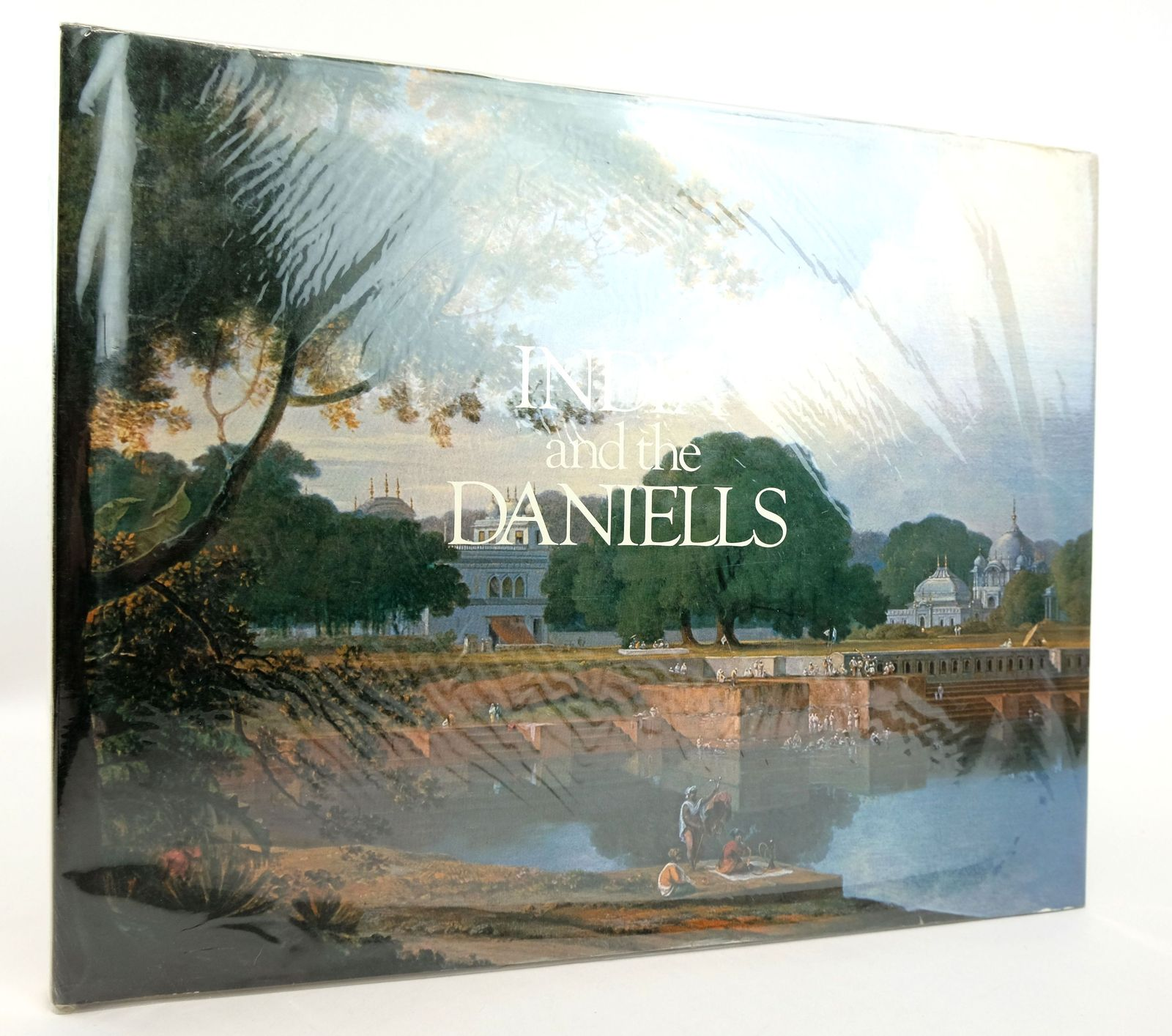Photo of OIL PAINTINGS OF INDIA AND THE EAST BY THOMAS DANIELL RA 1749-1840 AND WILLIAM DANIELL RA 1969-1837 written by Shellim, Maurice illustrated by Daniell, Thomas