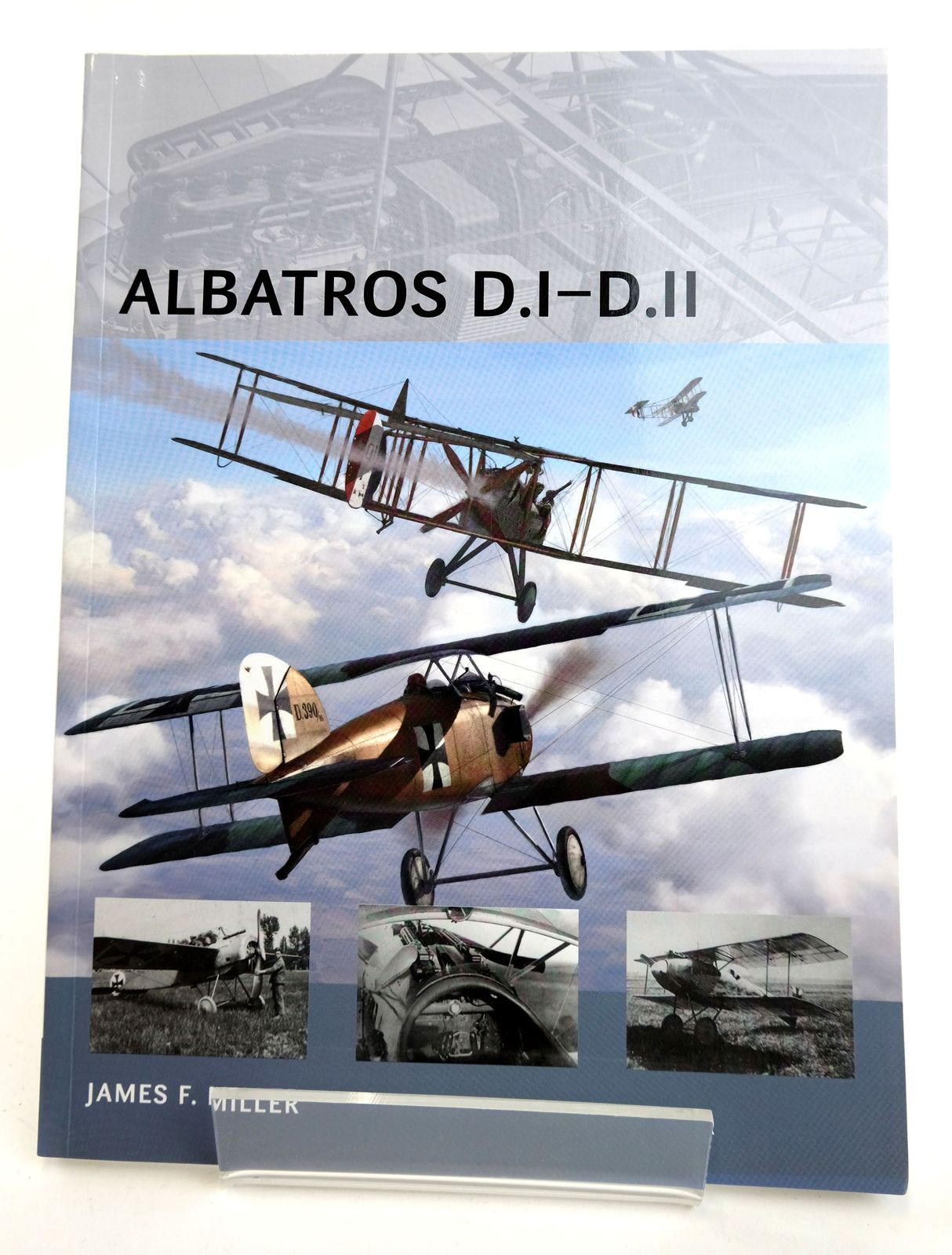 Photo of ALBATROSS D.I-D.II (AIR VANGUARD 5) written by Miller, James F. published by Osprey Publishing (STOCK CODE: 1818967)  for sale by Stella & Rose's Books