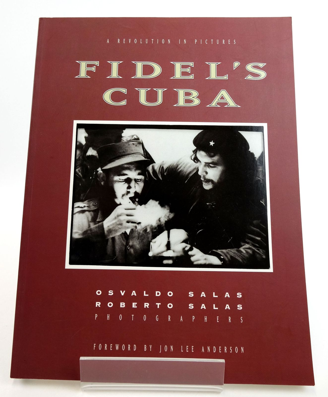 Photo of FIDEL'S CUBA: A REVOLUTION IN PICTURES- Stock Number: 1819156