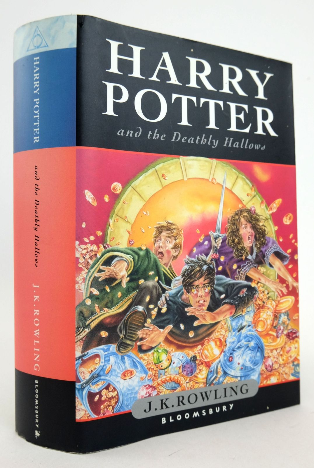 Photo of HARRY POTTER AND THE DEATHLY HALLOWS written by Rowling, J.K. published by Bloomsbury (STOCK CODE: 1819375)  for sale by Stella & Rose's Books